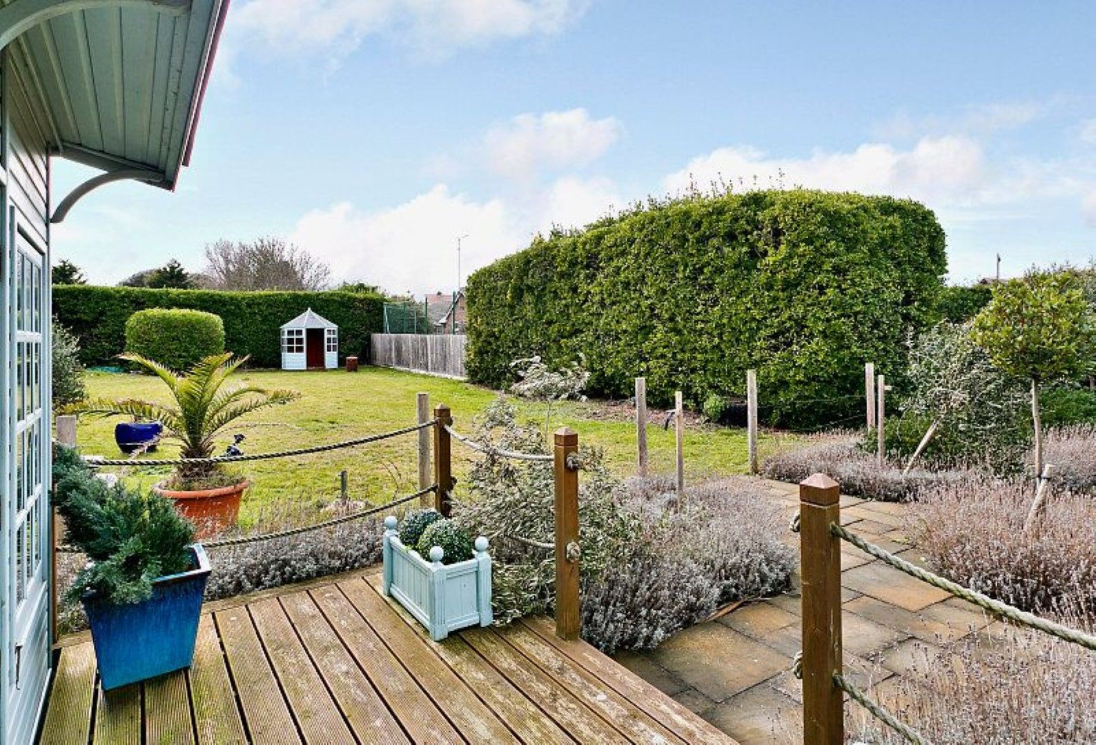 4 bedroom detached house For Sale in Broadstairs - Photograph 12