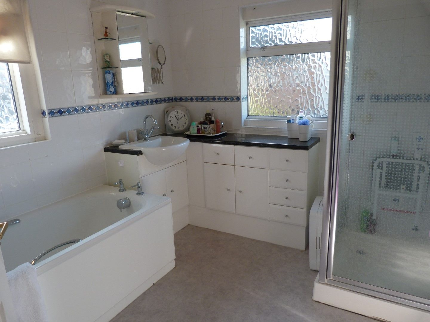 4 bedroom detached house For Sale in Broadstairs - Photograph 11