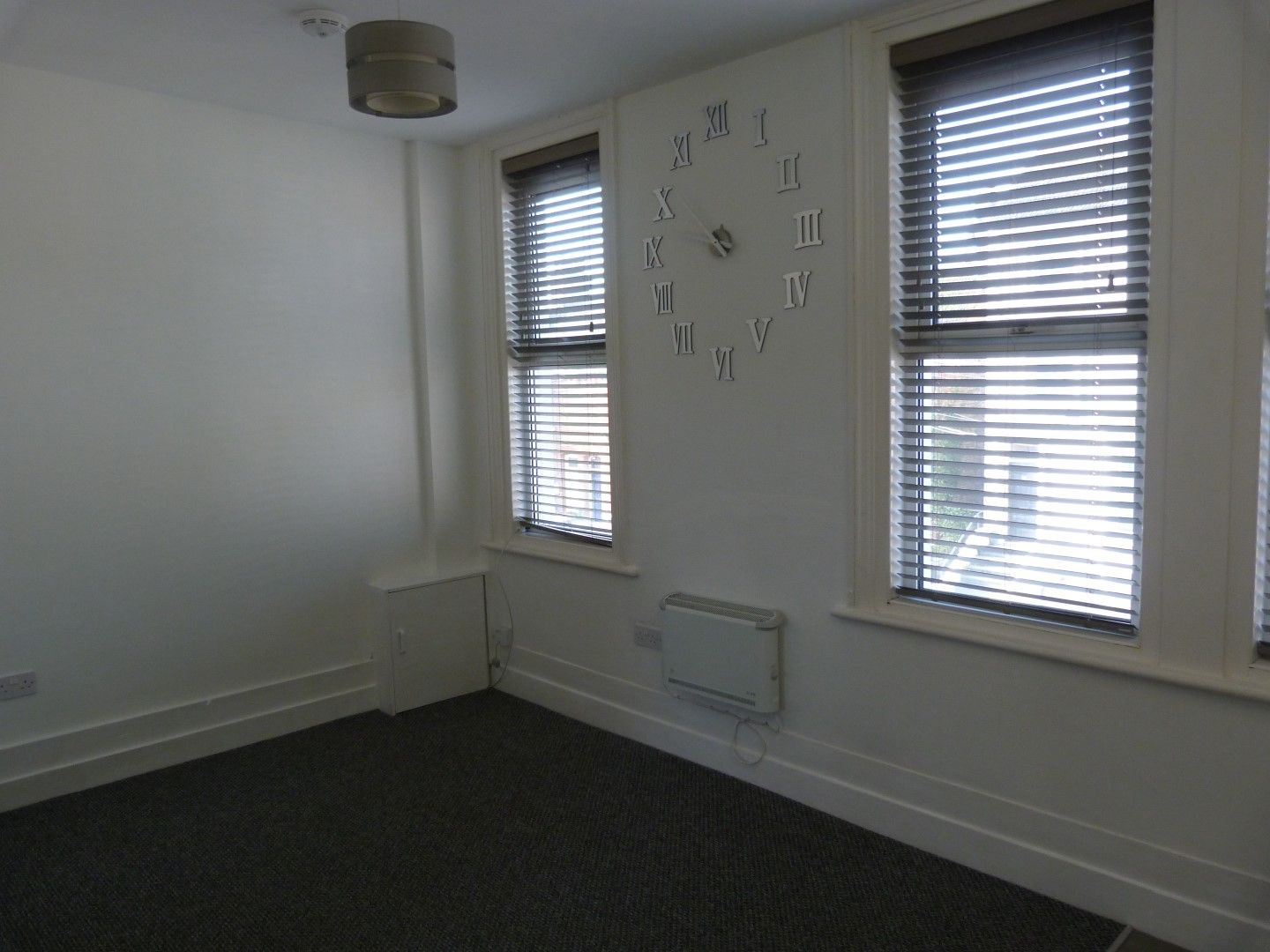 1 bedroom flat flat/apartment For Sale in Ramsgate - Property photograph