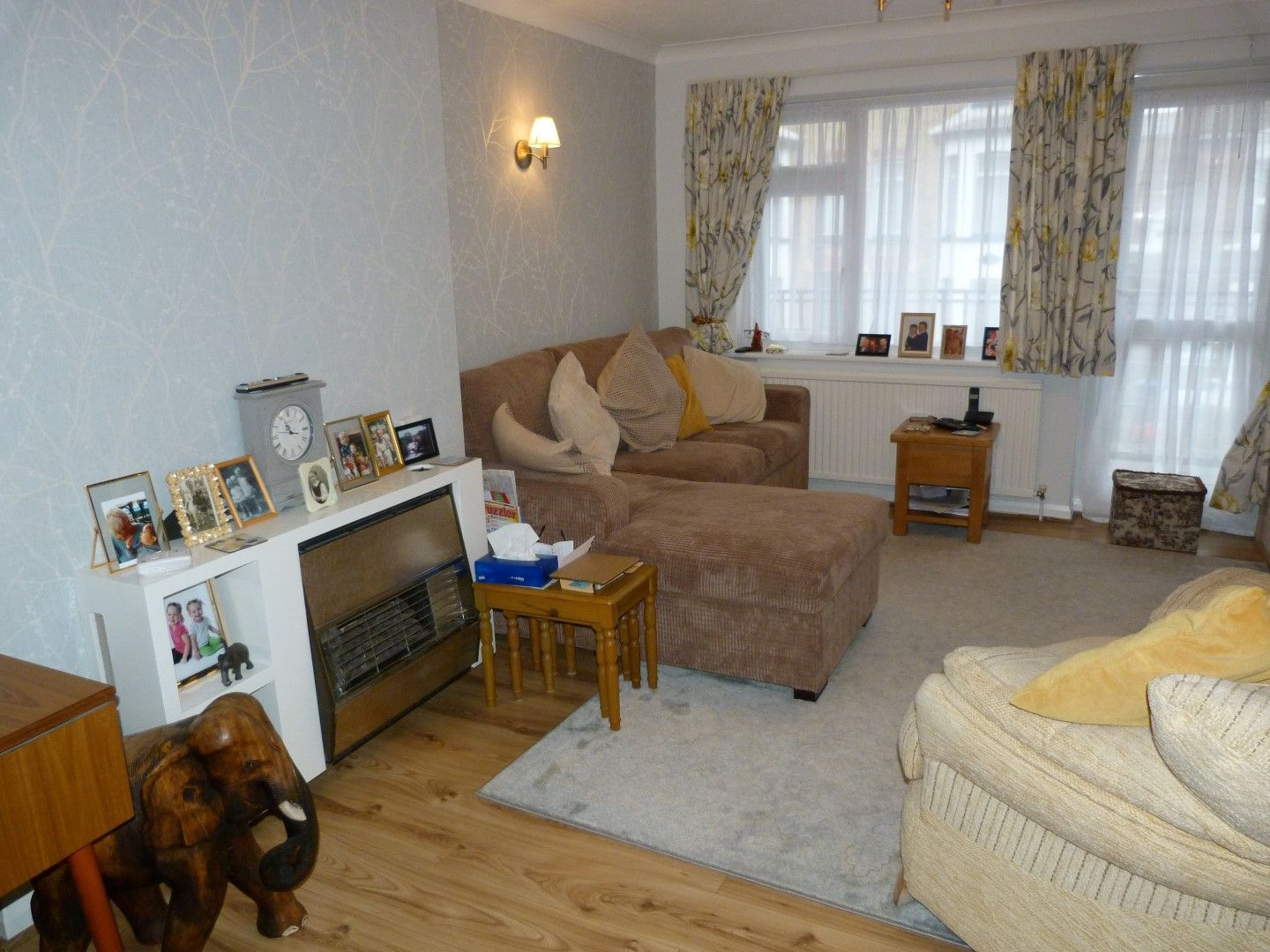 2 bedroom flat flat/apartment For Sale in Broadstairs - Property photograph