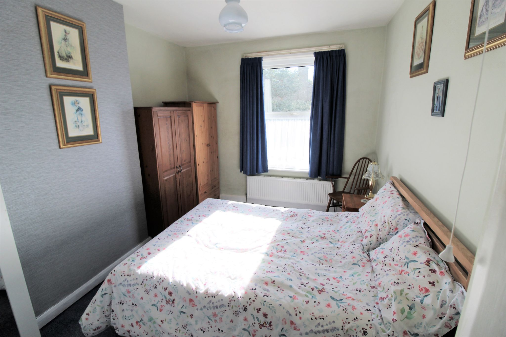 2 bedroom end terraced house For Sale in Brighouse - Bedroom