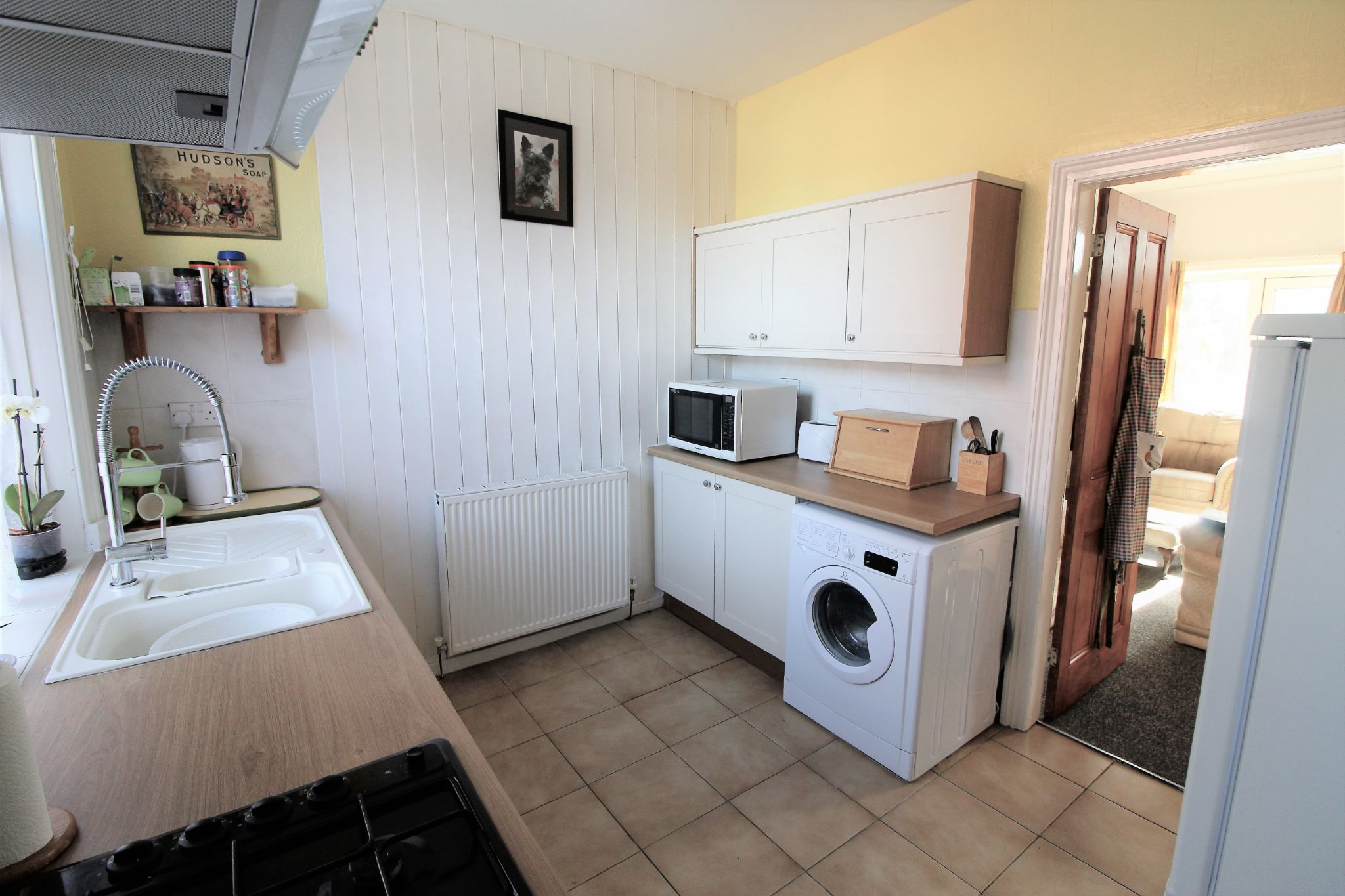 2 bedroom end terraced house For Sale in Brighouse - Kitchen
