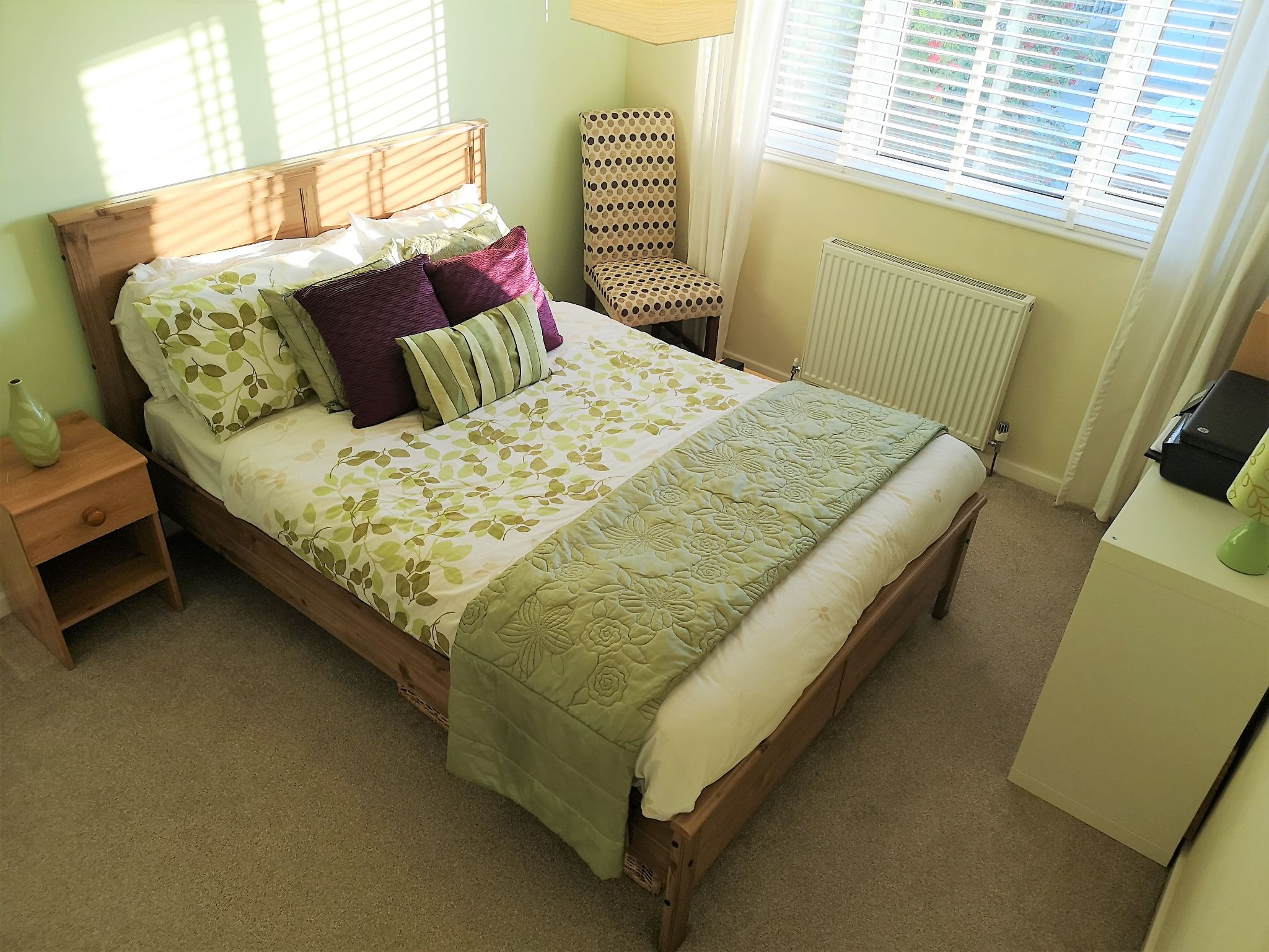 3 bedroom semi-detached house SSTC in Huddersfield - Photograph 3