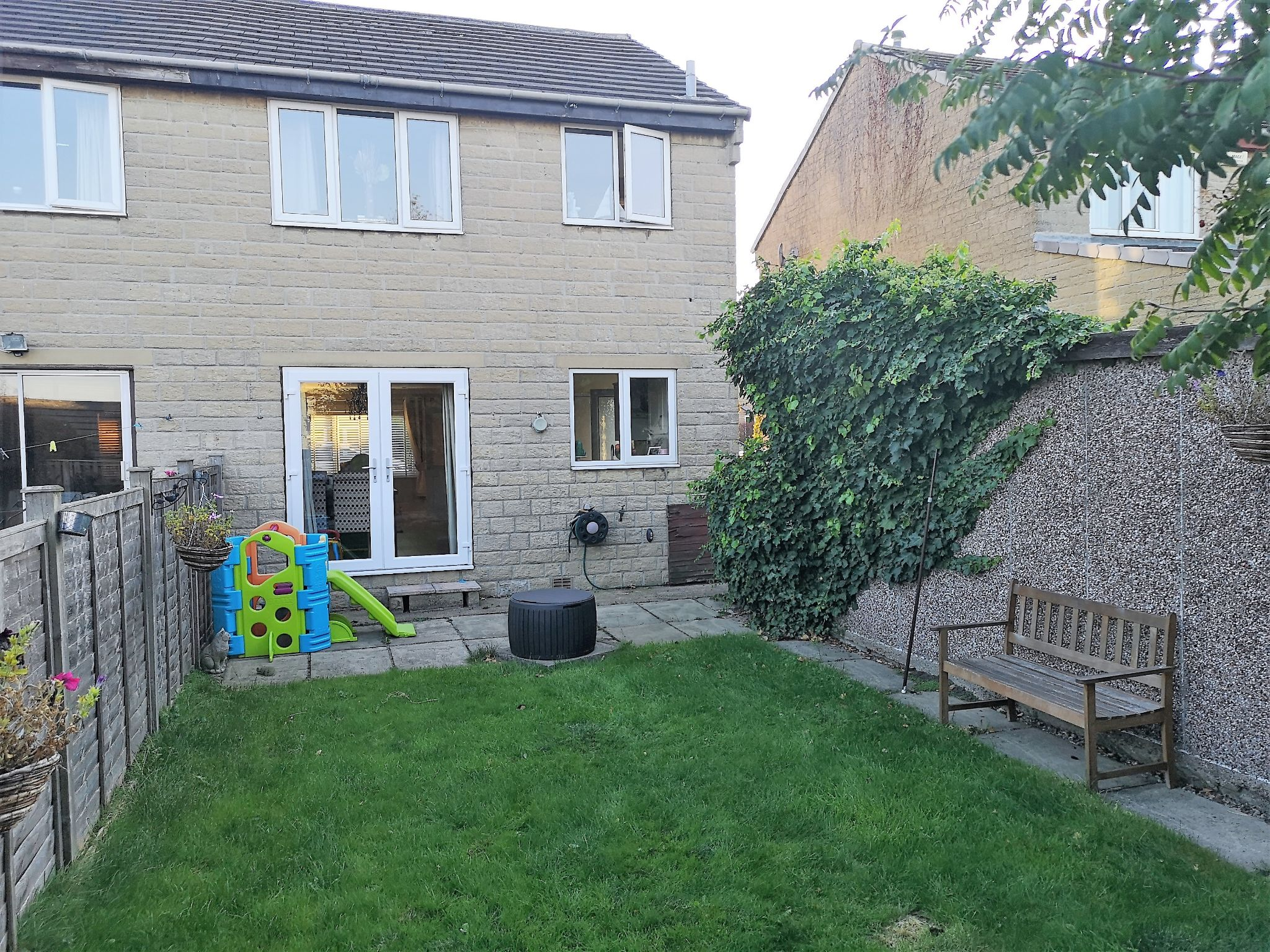 3 bedroom semi-detached house SSTC in Huddersfield - Photograph 14