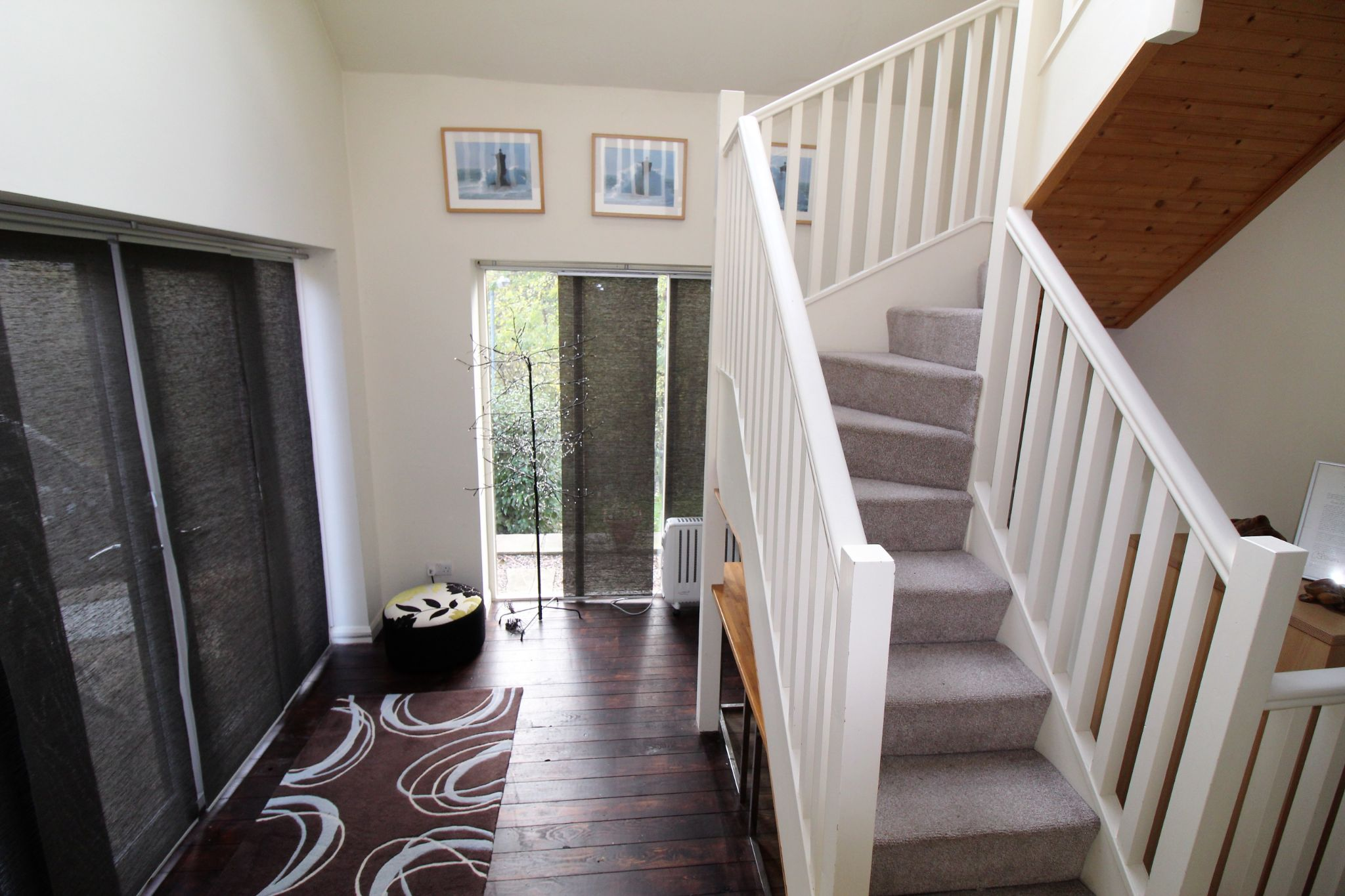 3 bedroom detached house Let in Brighouse - Ground floor hallway