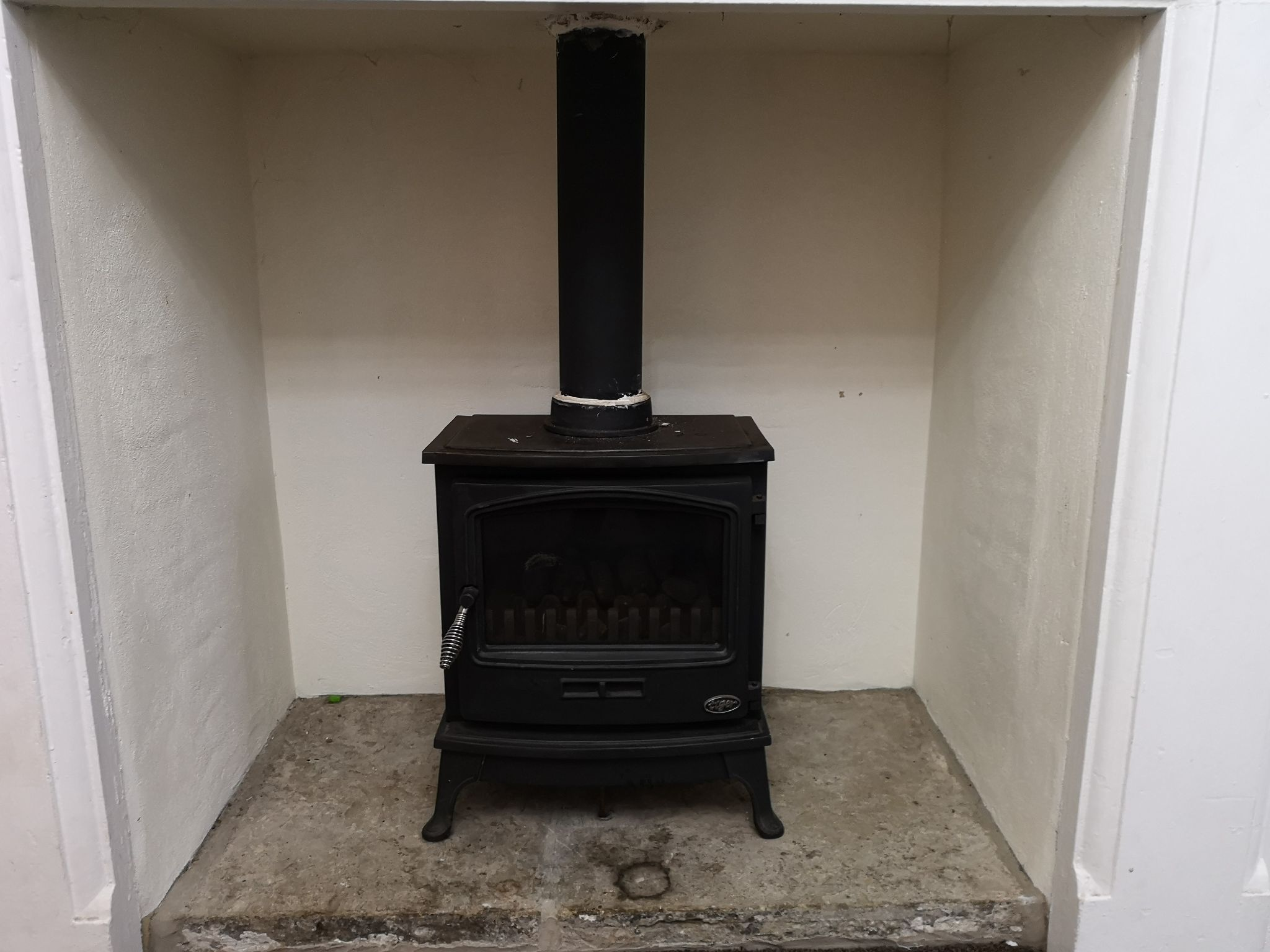 5 bedroom detached house For Sale in Huddersfield - Wood Burner