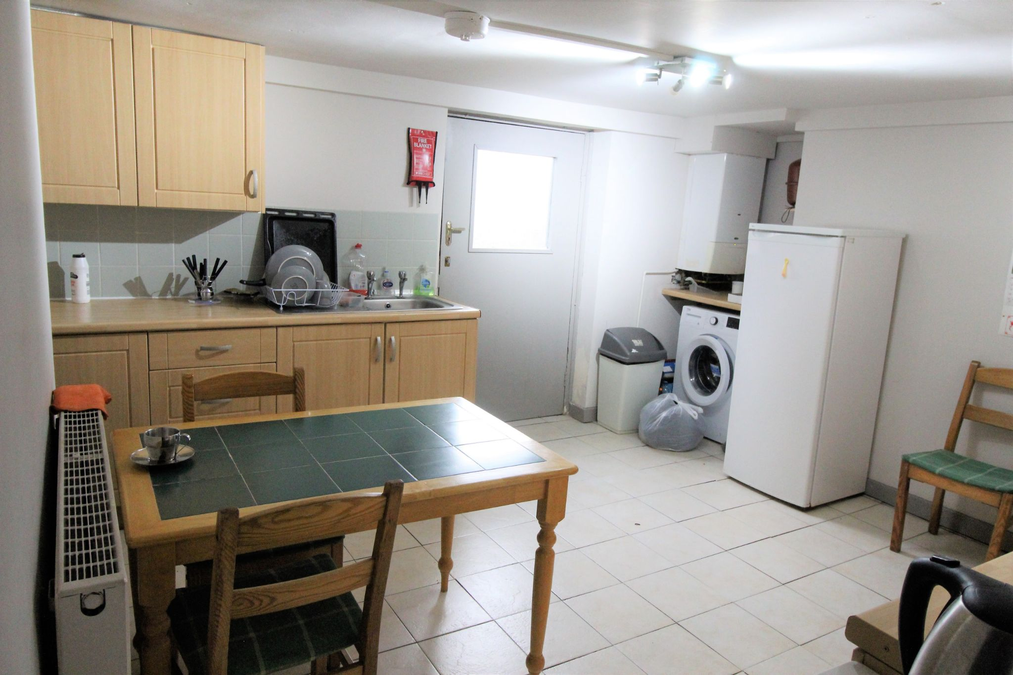 1 bedroom mid terraced house To Let in Huddersfield - Photograph 4