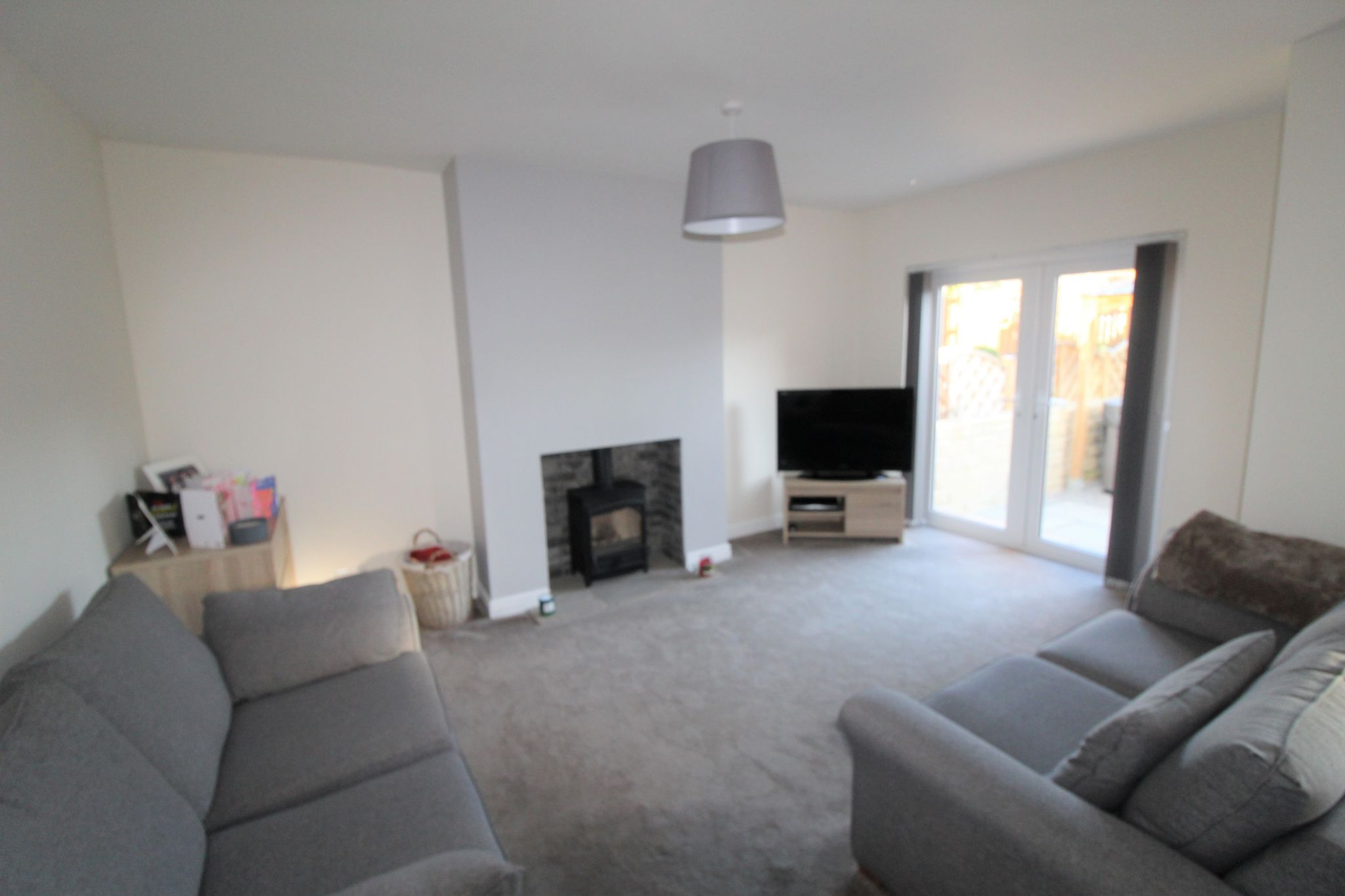 4 bedroom semi-detached bungalow SSTC in Brighouse - Lounge