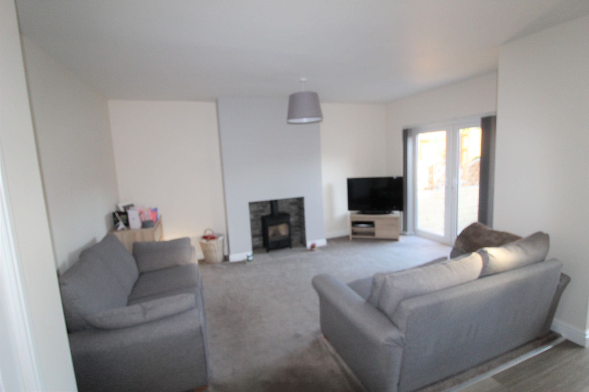 4 bedroom semi-detached bungalow SSTC in Brighouse - Lounge - picture 3