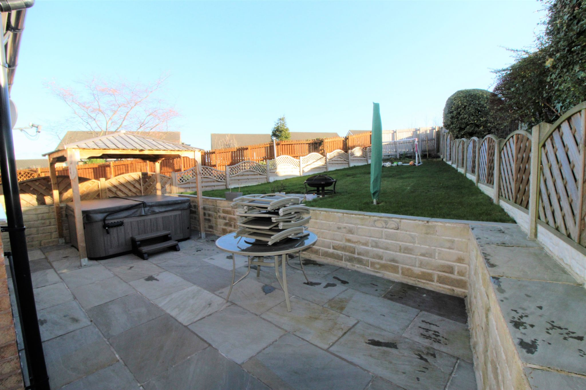 4 bedroom semi-detached bungalow SSTC in Brighouse - Rear patio