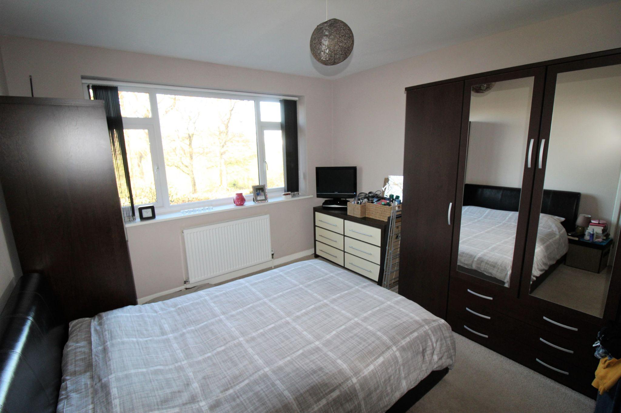4 bedroom semi-detached bungalow SSTC in Brighouse - Bedroom 1