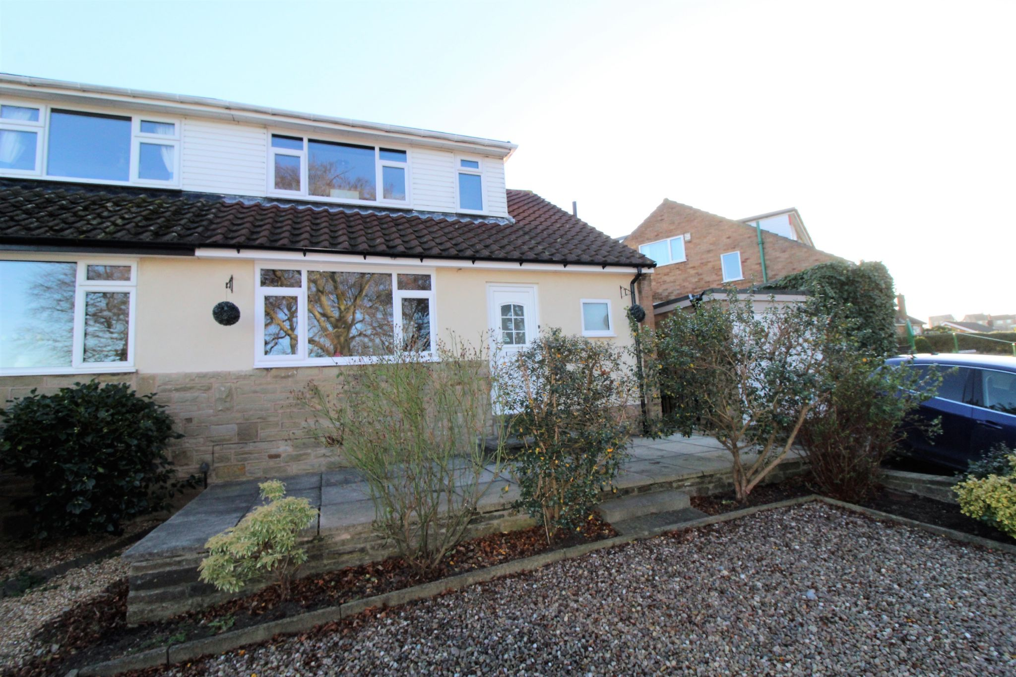 4 bedroom semi-detached bungalow SSTC in Brighouse - Front elevation