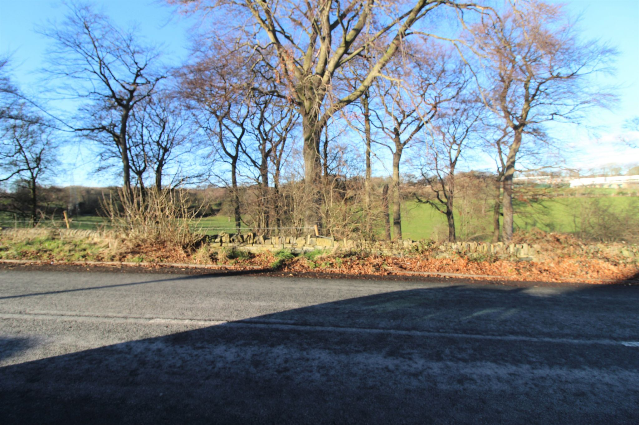 4 bedroom semi-detached bungalow SSTC in Brighouse - View from pavement