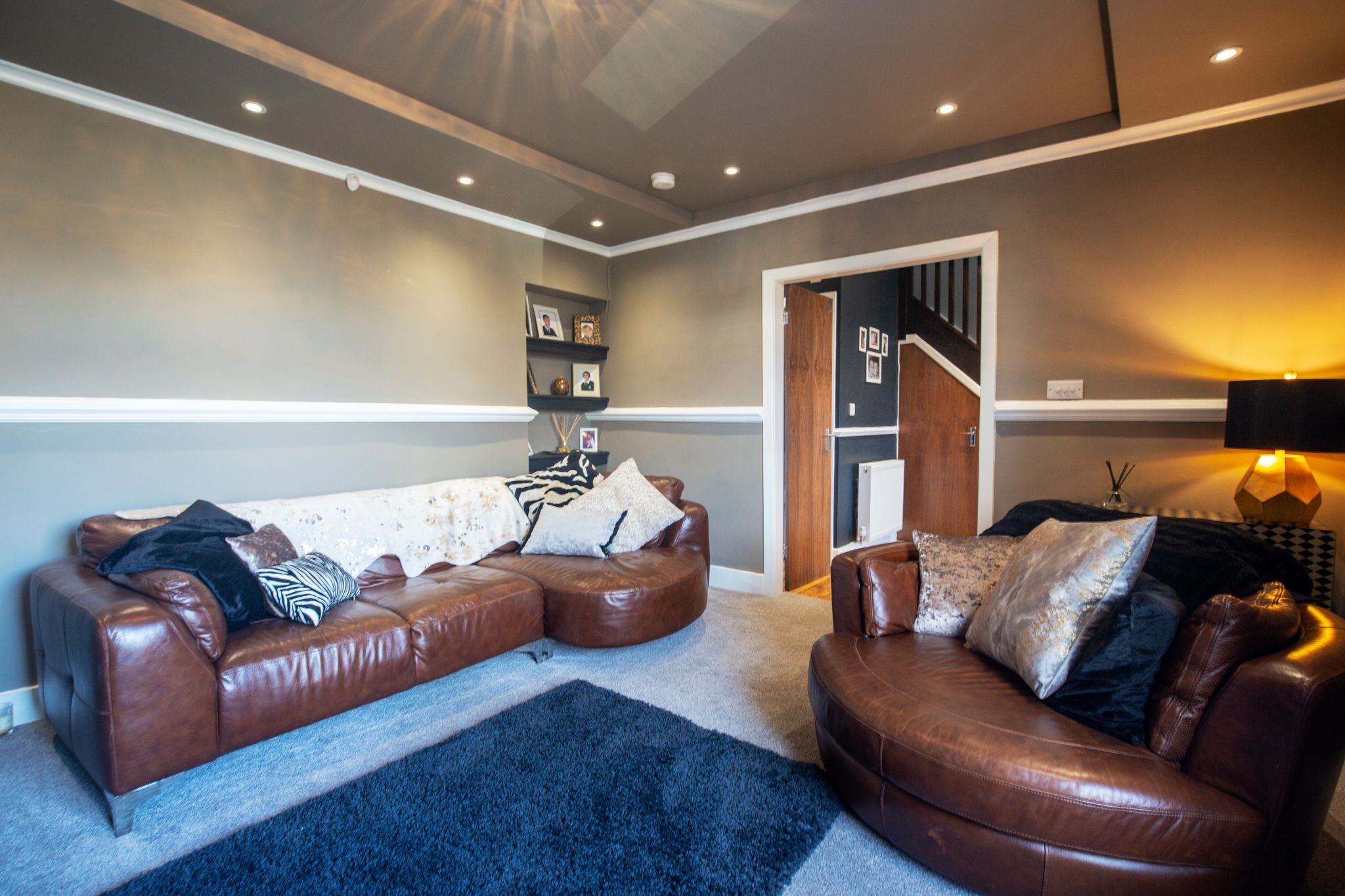4 bedroom detached house For Sale in Brighouse - Lounge