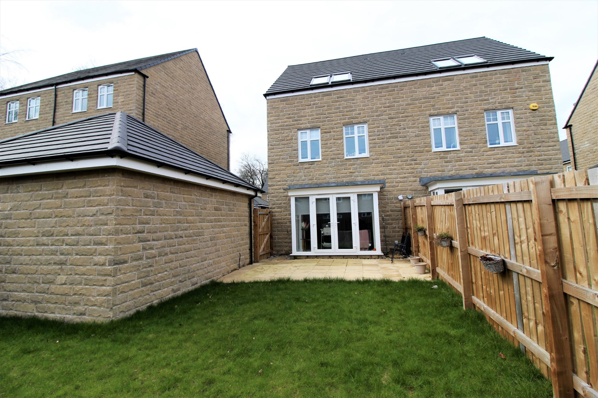 4 bedroom semi-detached house For Sale in Halifax - Rear aspect