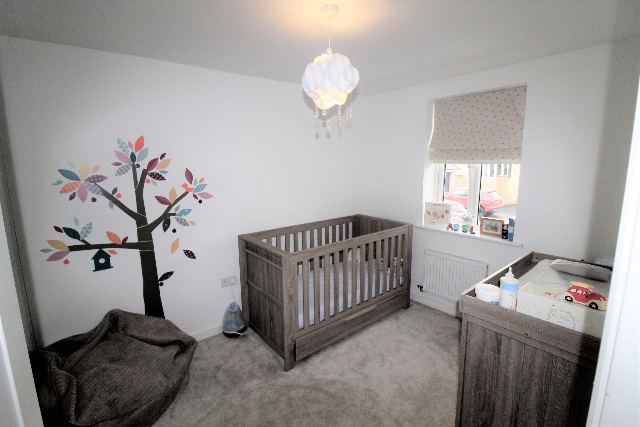 4 bedroom semi-detached house For Sale in Halifax - Bedroom 3