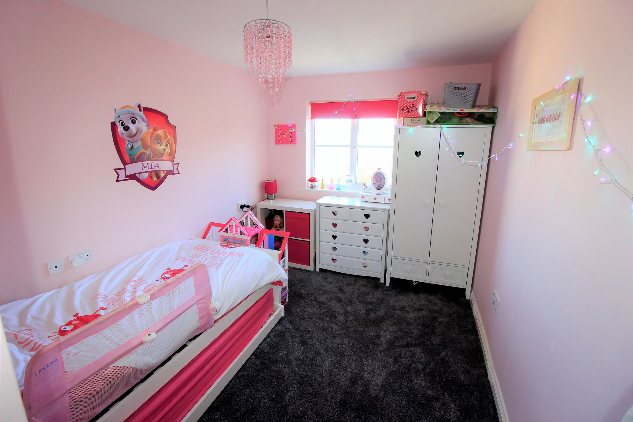 4 bedroom semi-detached house For Sale in Brighouse - Photograph 20