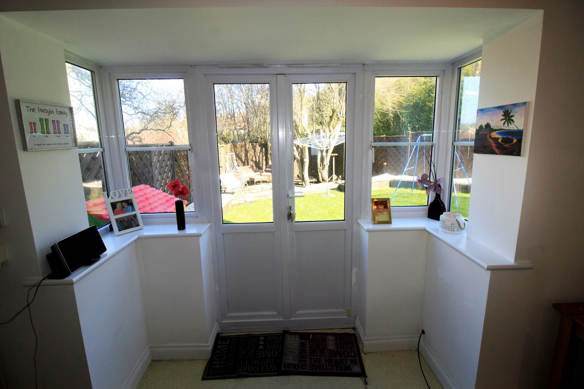 4 bedroom semi-detached house For Sale in Brighouse - Photograph 9
