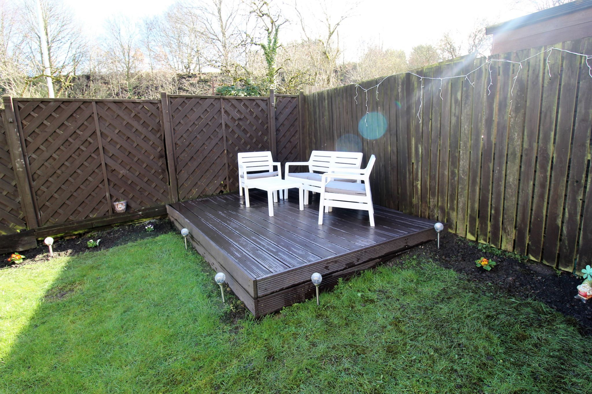 4 bedroom semi-detached house For Sale in Brighouse - Photograph 27
