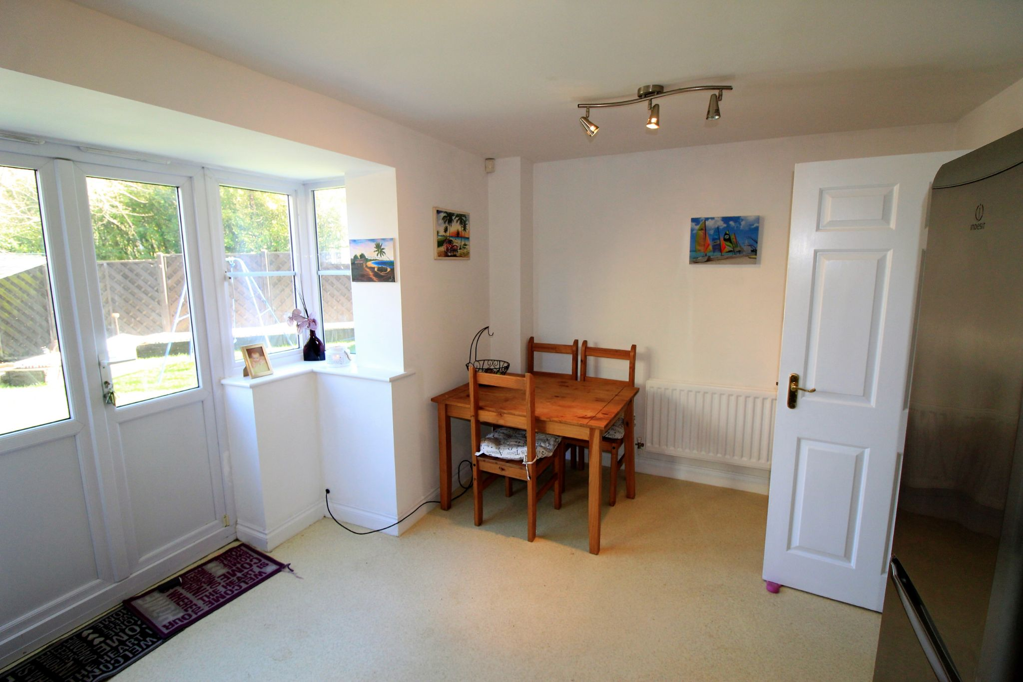 4 bedroom semi-detached house For Sale in Brighouse - Photograph 7