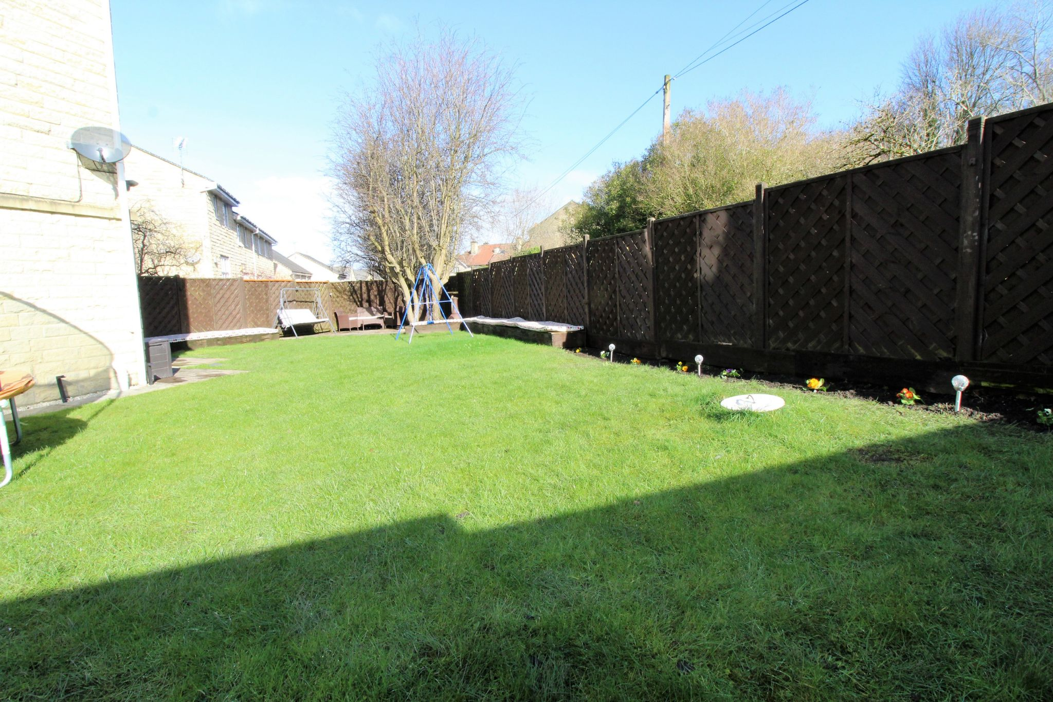 4 bedroom semi-detached house For Sale in Brighouse - Photograph 22