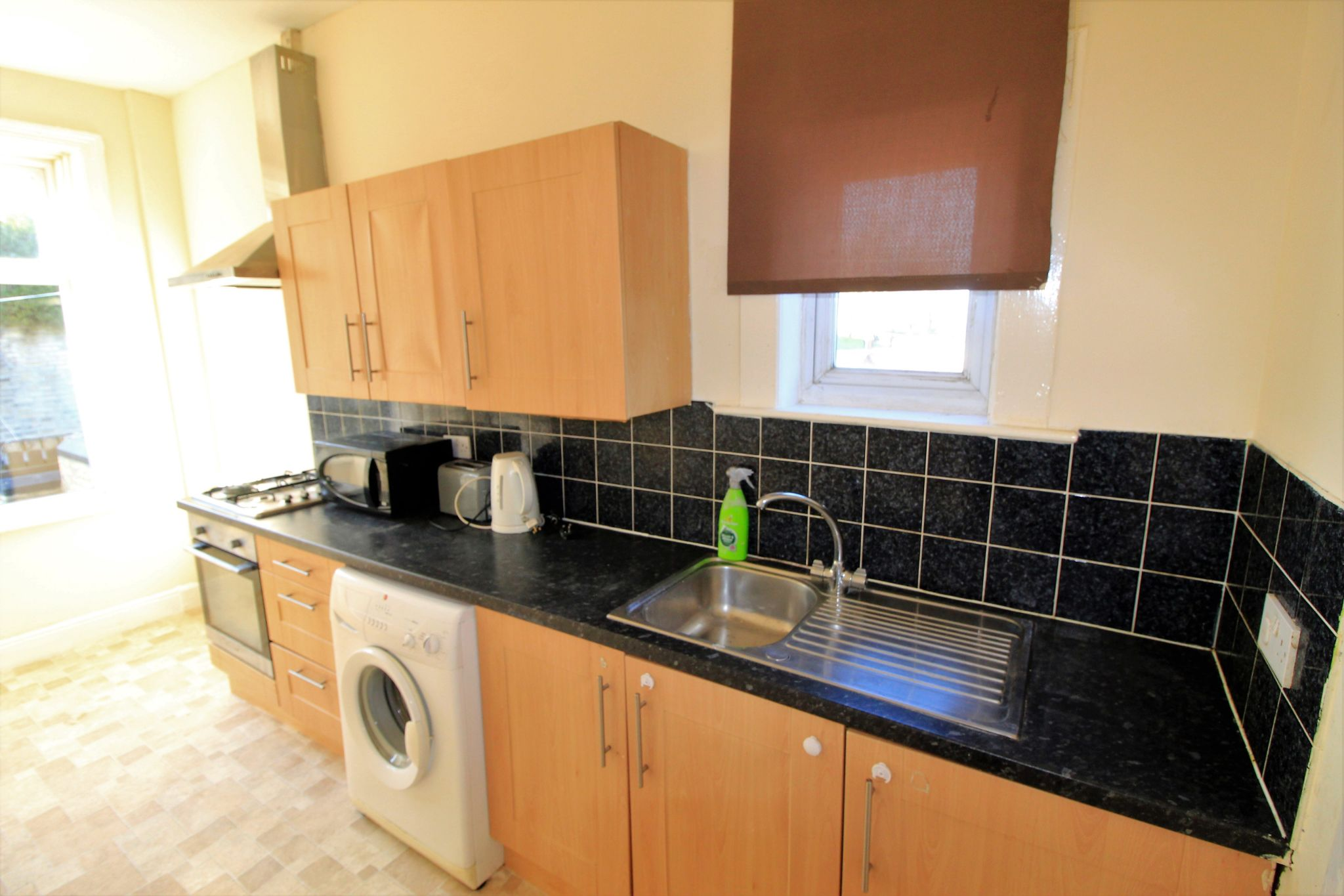 2 bedroom mid terraced house For Sale in Brighouse - Photograph 3