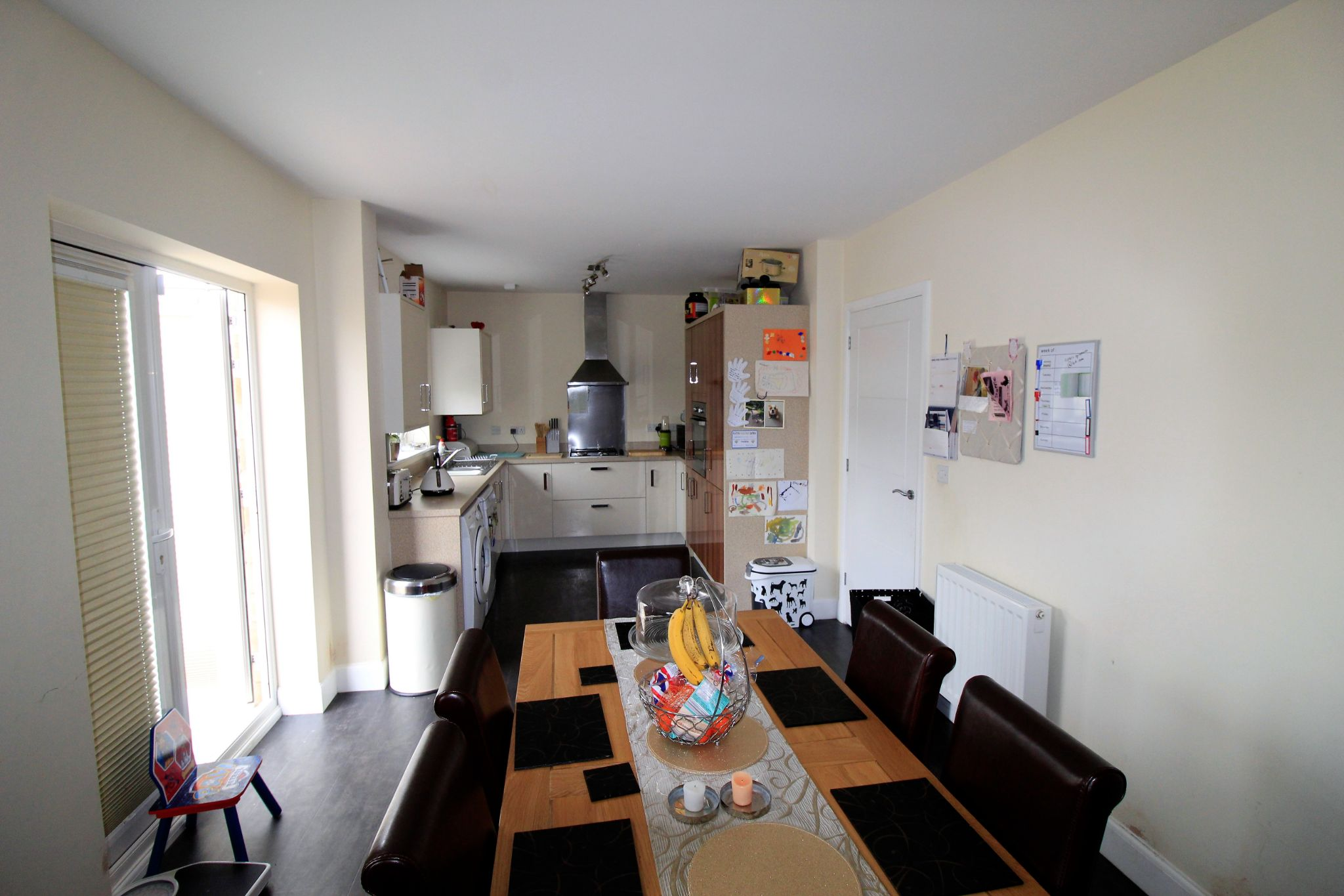 4 bedroom detached house For Sale in Bradford - Photograph 4