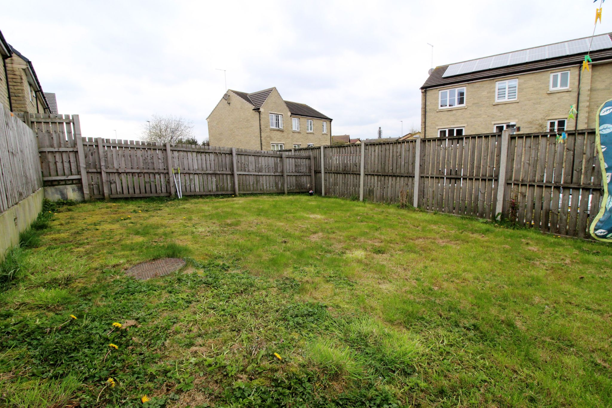 4 bedroom detached house For Sale in Bradford - Photograph 16