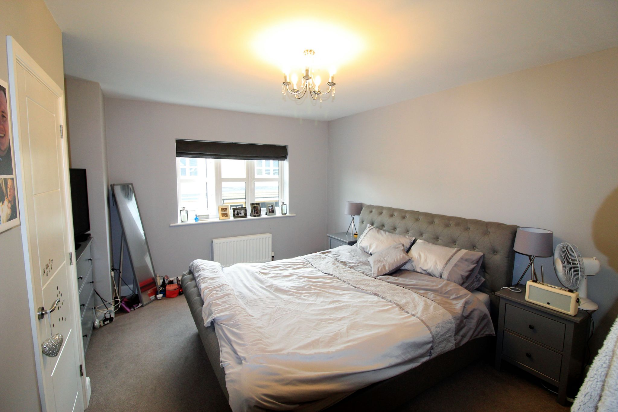 4 bedroom detached house For Sale in Bradford - Photograph 8