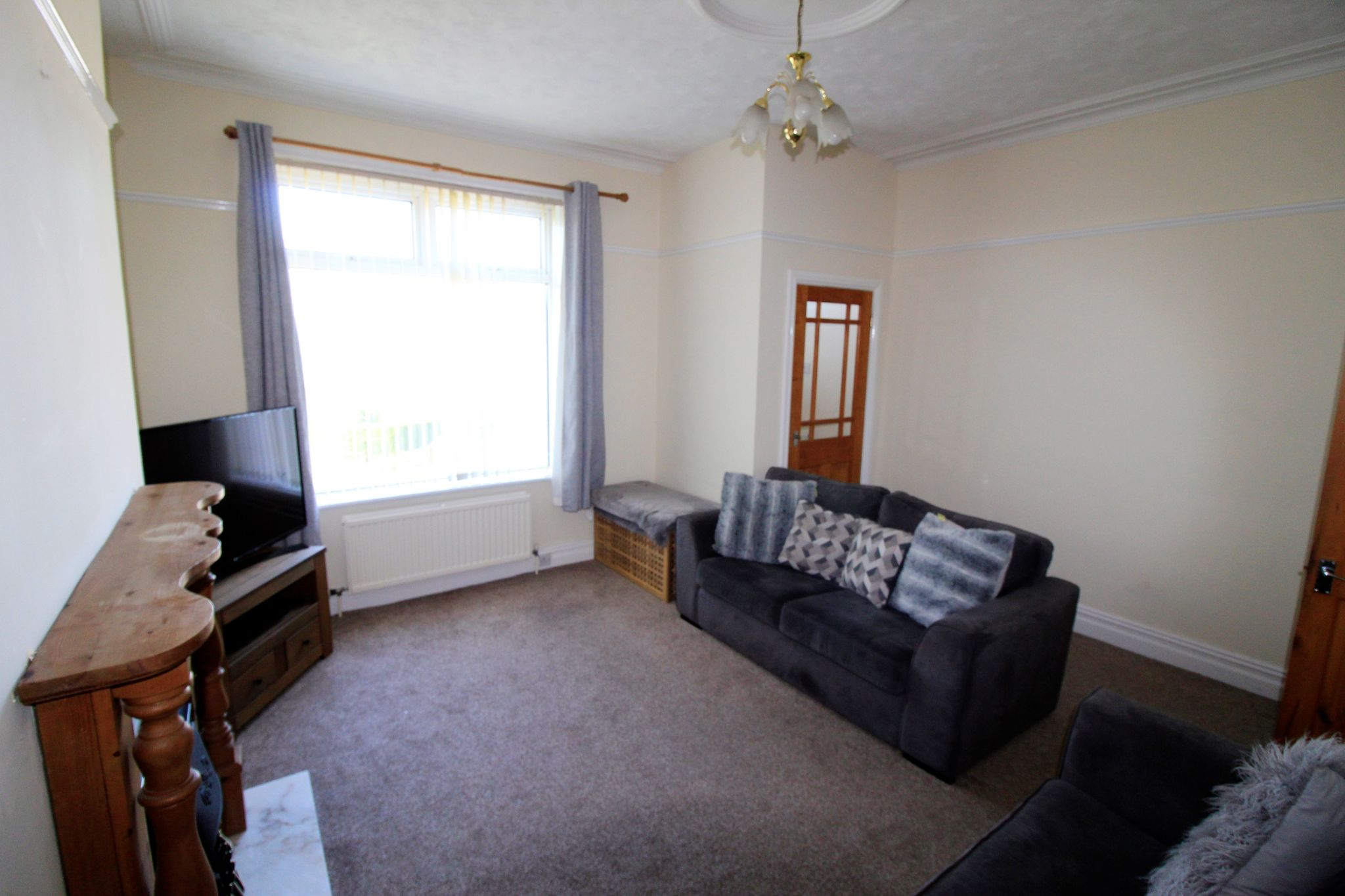 2 bedroom end terraced house SSTC in Brighouse - Photograph 7