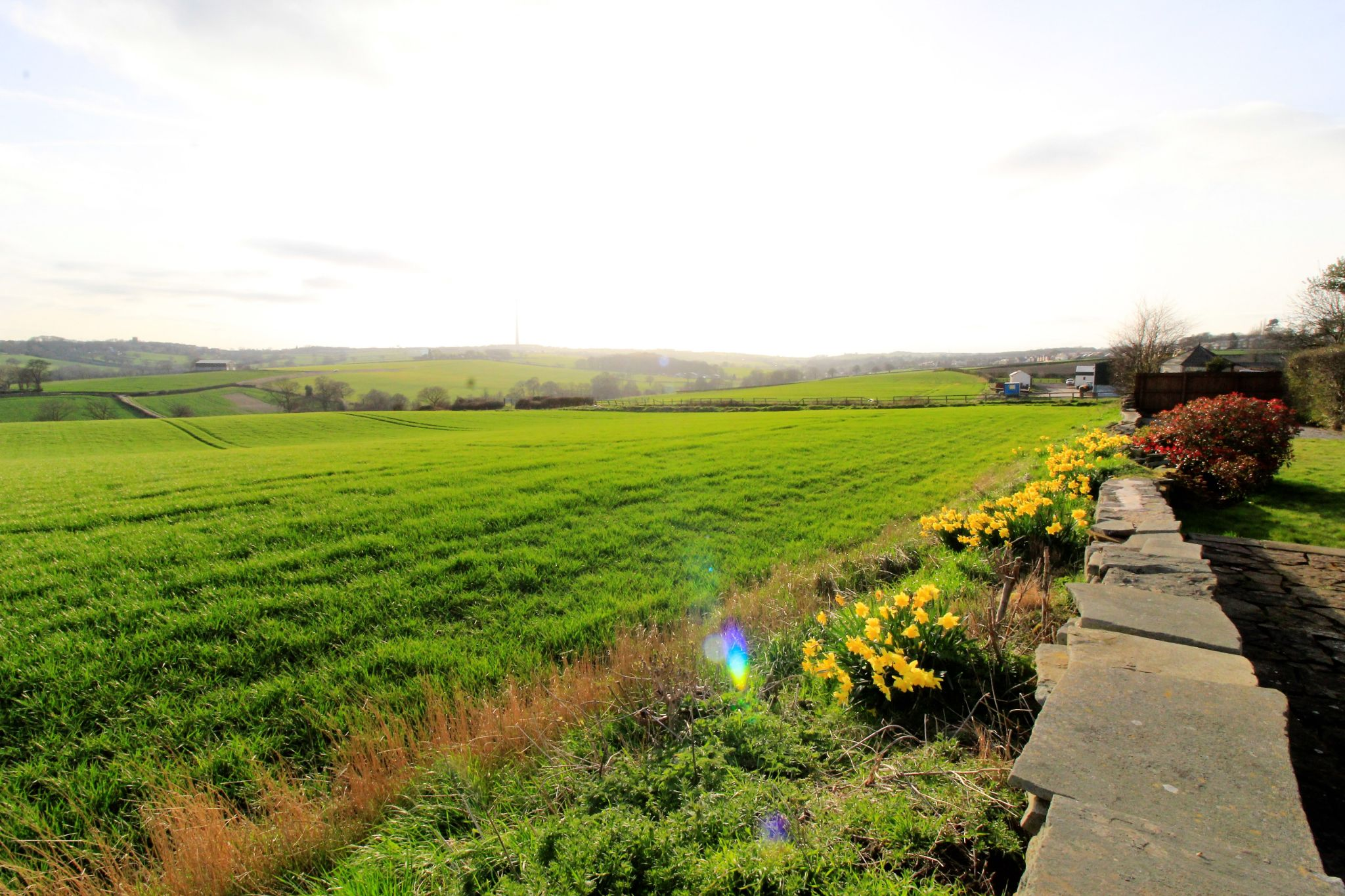 2 bedroom cottage house To Let in Wakefield - Views