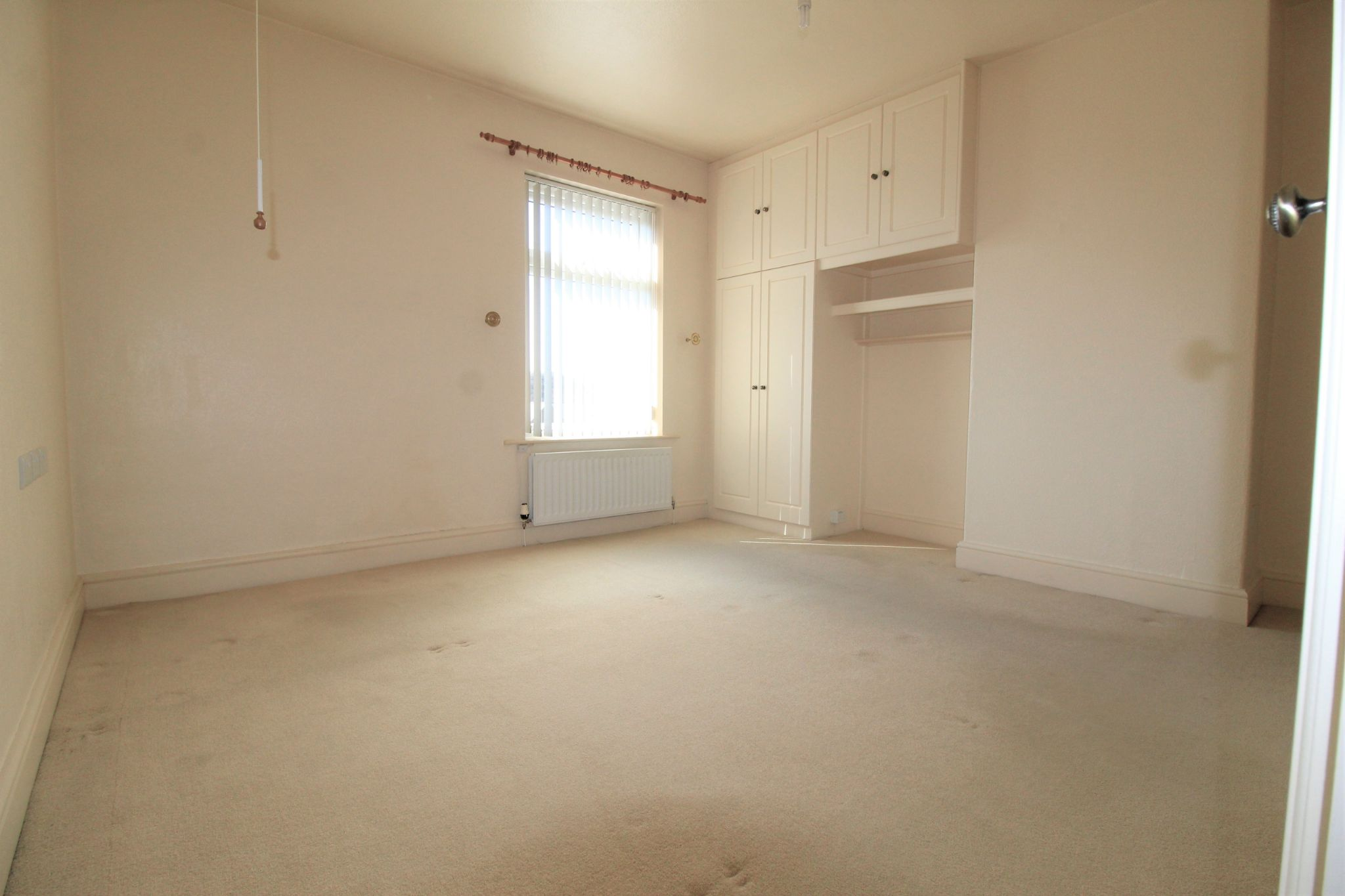 2 bedroom mid terraced house SSTC in Brighouse - Photograph 7