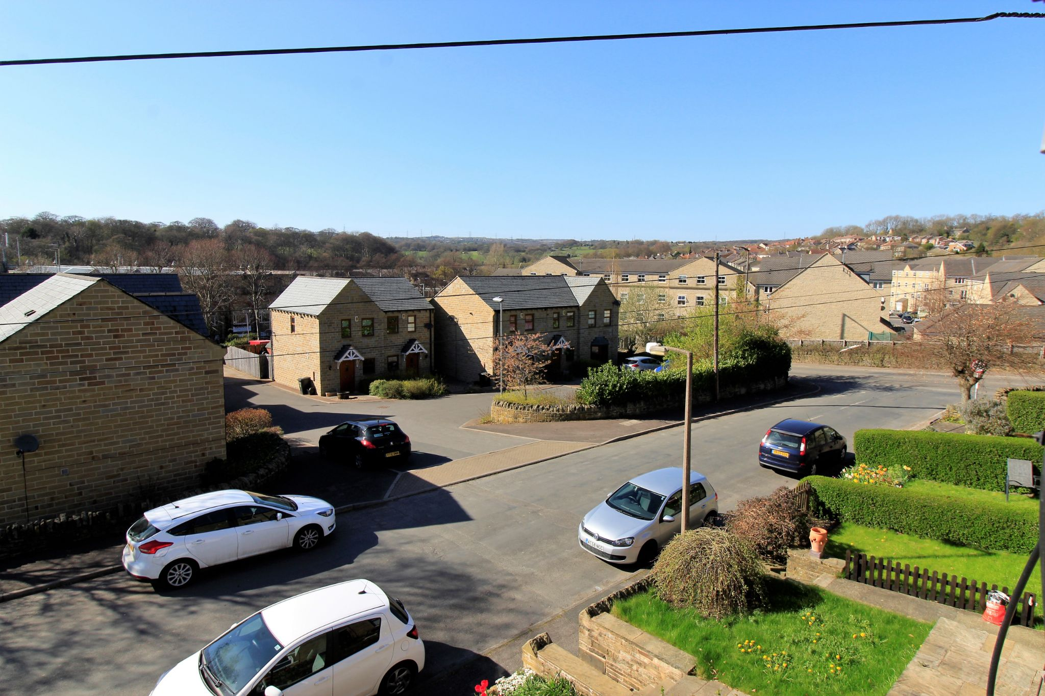 2 bedroom mid terraced house SSTC in Brighouse - Photograph 8