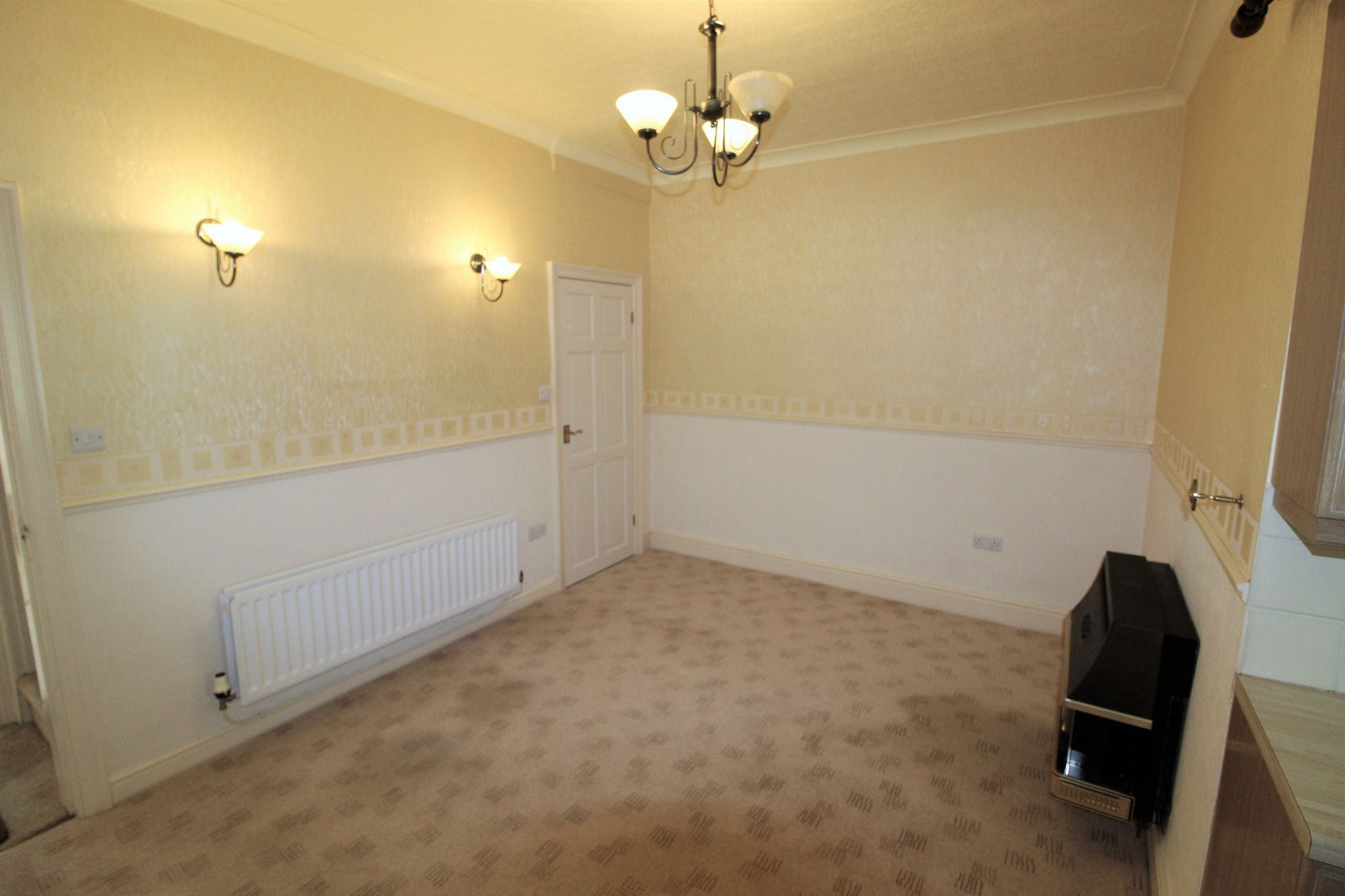 2 bedroom mid terraced house SSTC in Brighouse - Photograph 18