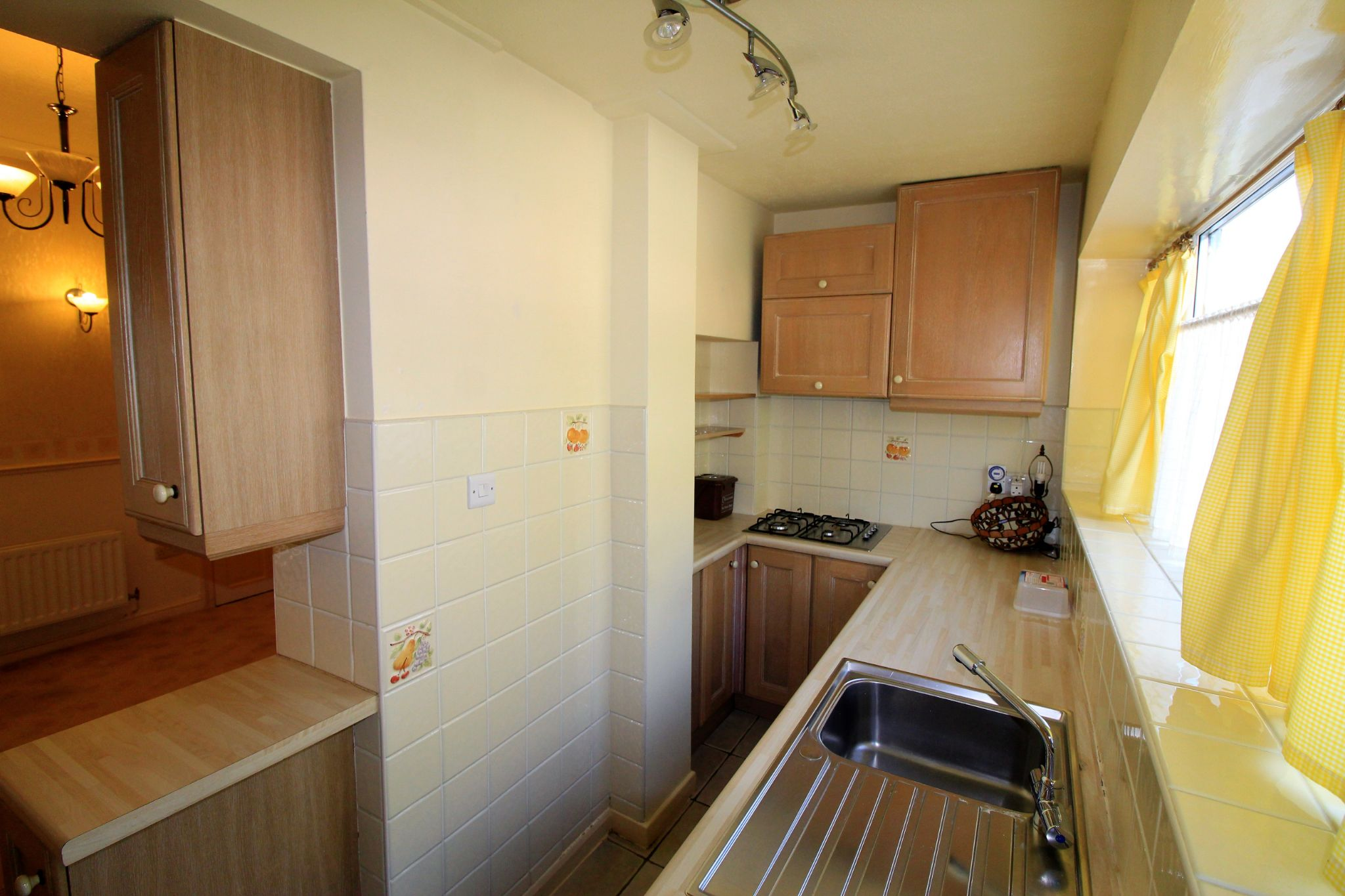2 bedroom mid terraced house SSTC in Brighouse - Photograph 10