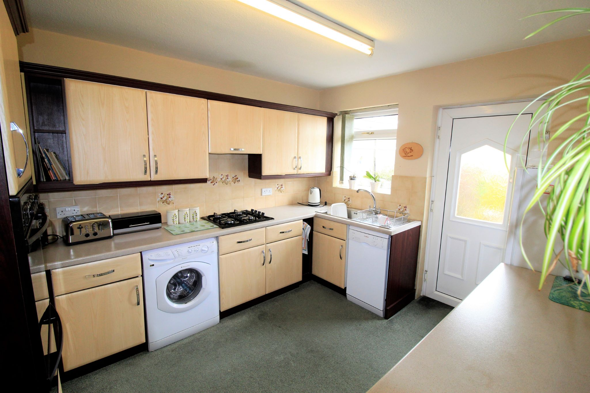 2 bedroom semi-detached bungalow For Sale in Bradford - Kitchen
