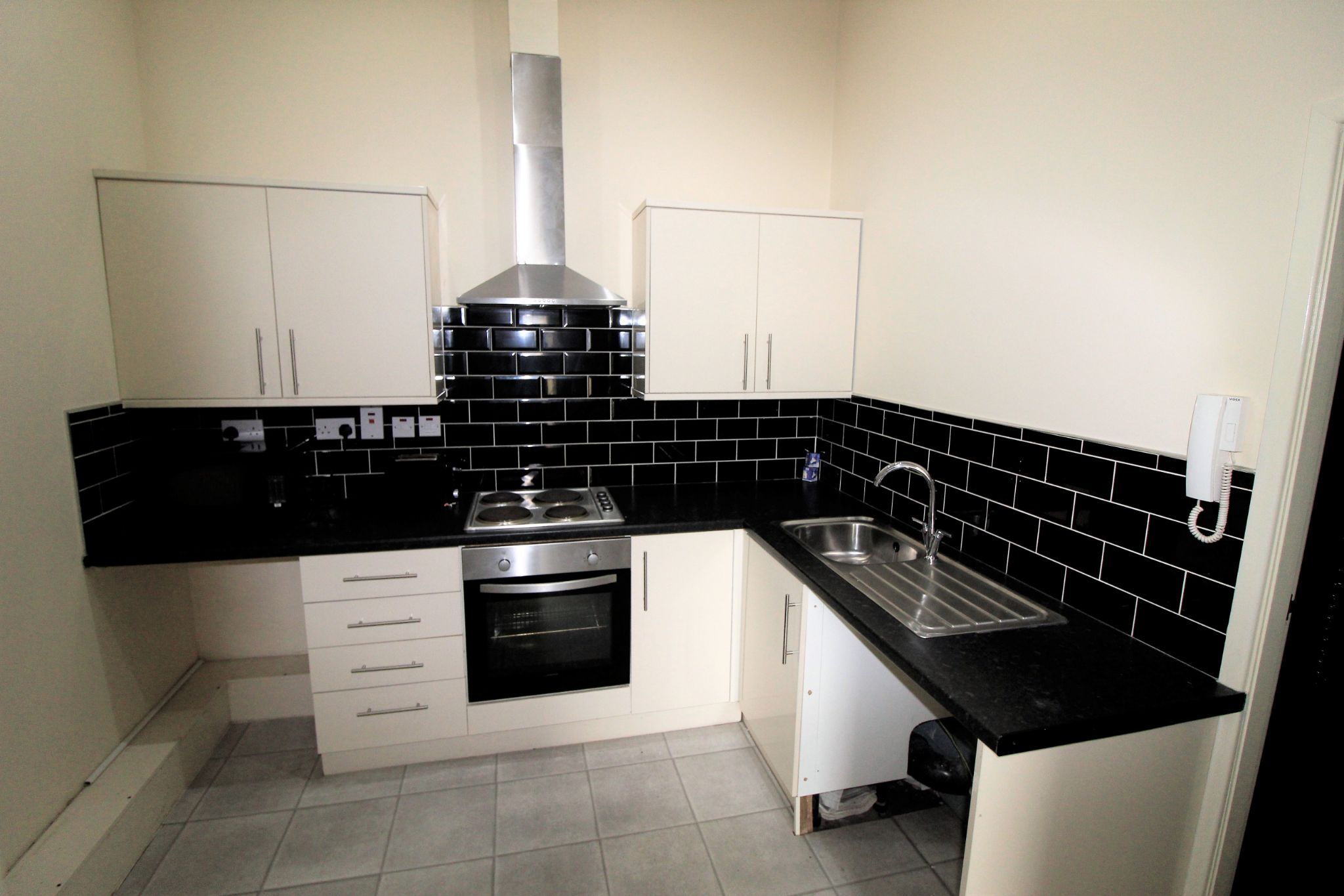 1 bedroom bedsit flat/apartment Let in Brighouse - Kitchen