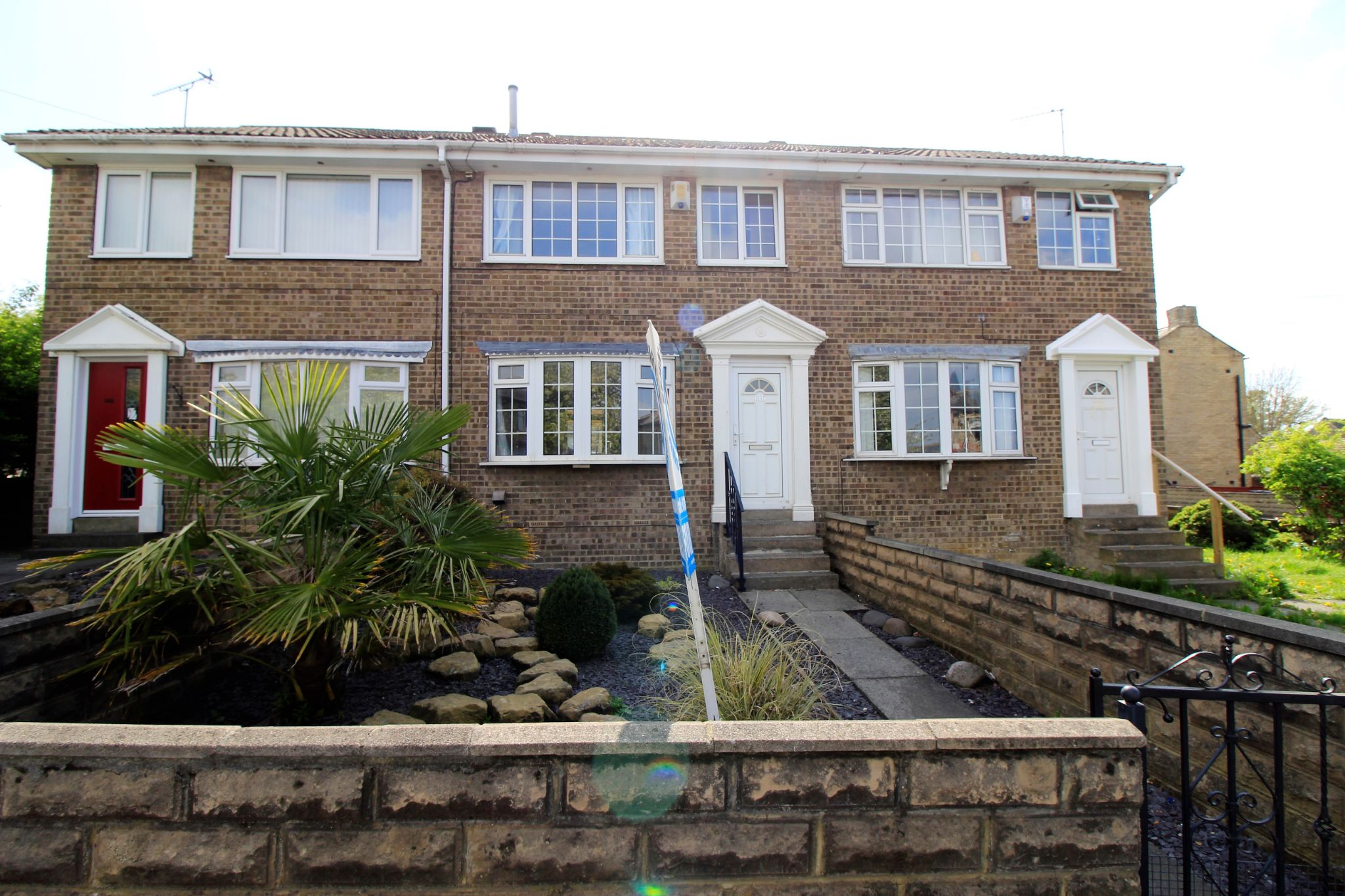 3 bedroom mid terraced house For Sale in Bradford - Photograph 1