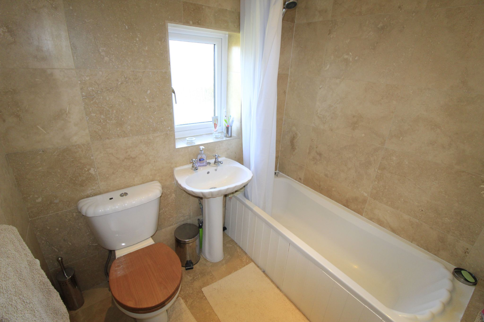 3 bedroom semi-detached house SSTC in Brighouse - Bathroom
