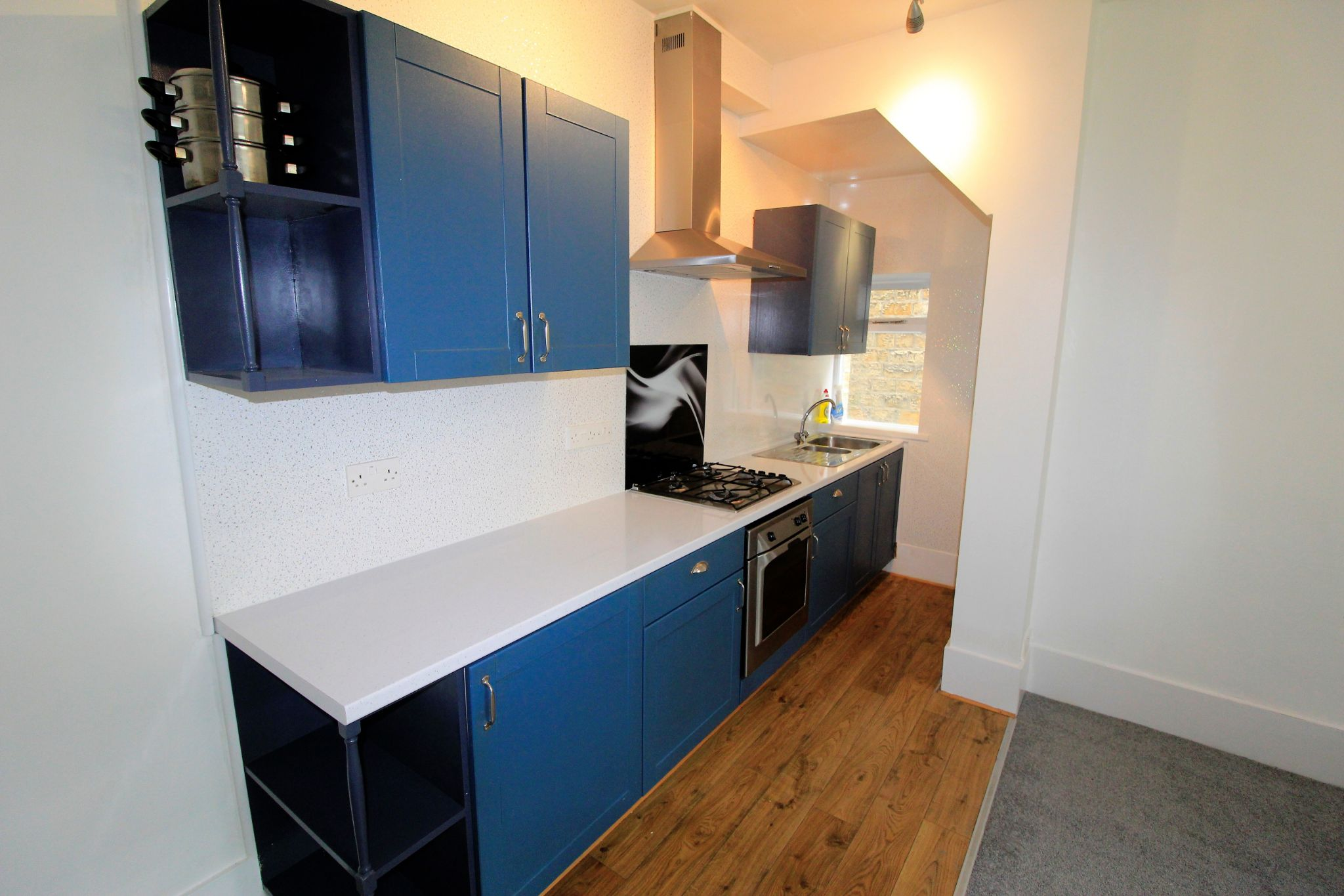2 bedroom semi-detached house For Sale in Huddersfield - Kitchen area