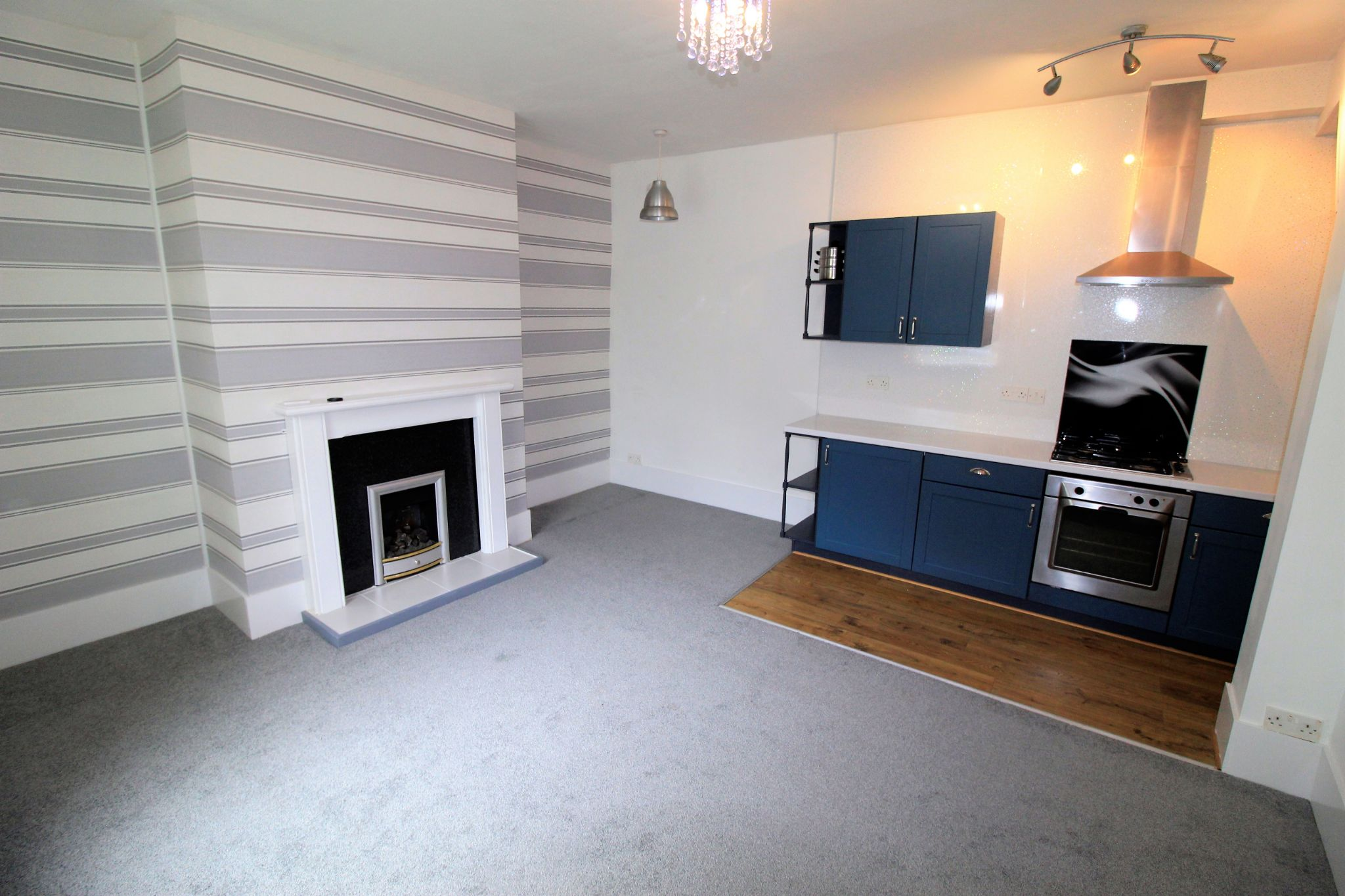 2 bedroom mid terraced house For Sale in Huddersfield - Lounge / kitchen area