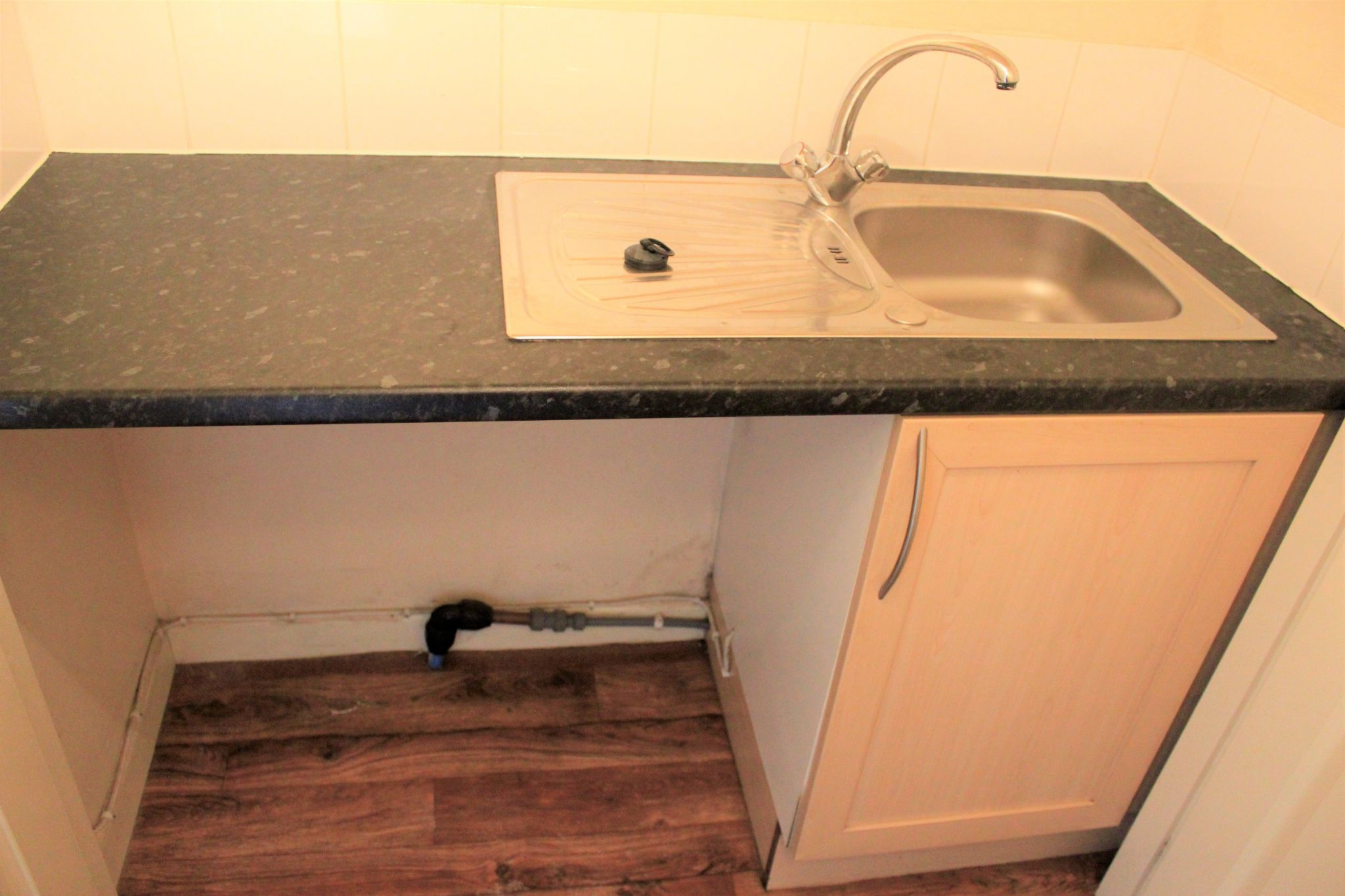 2 bedroom town house Let in Halifax - Washing machine Utility area