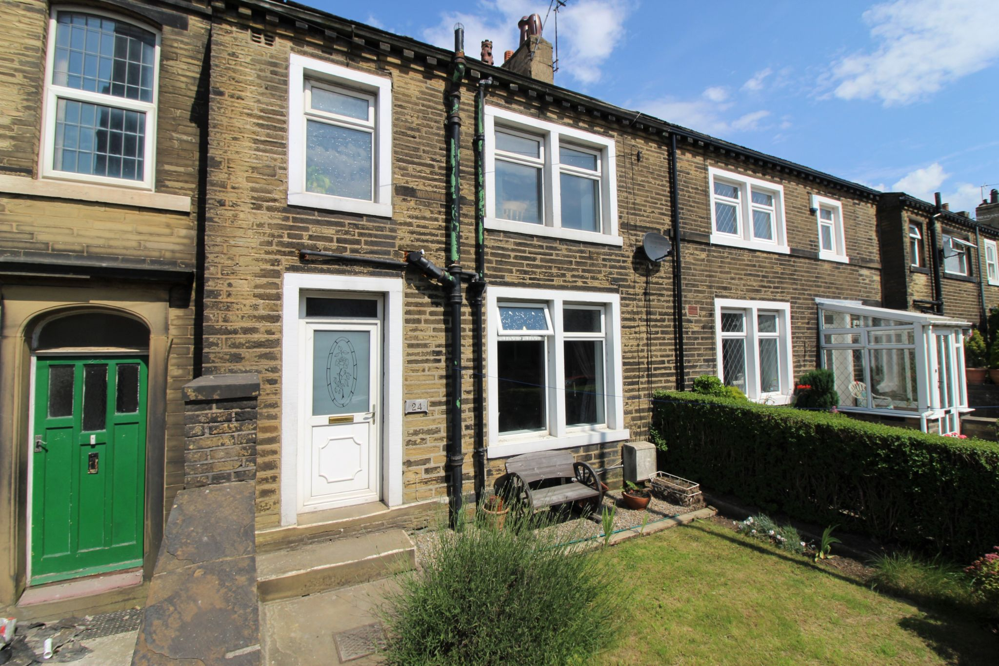 3 bedroom mid terraced house SSTC in Bradford - Front aspect