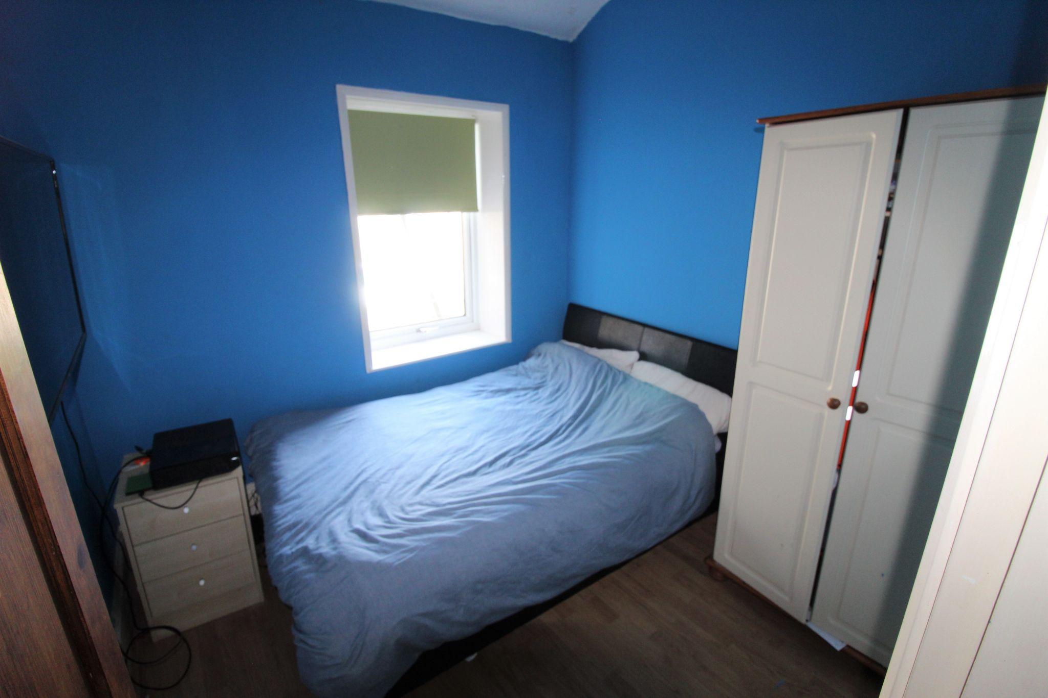 3 bedroom mid terraced house SSTC in Bradford - Bedroom 3