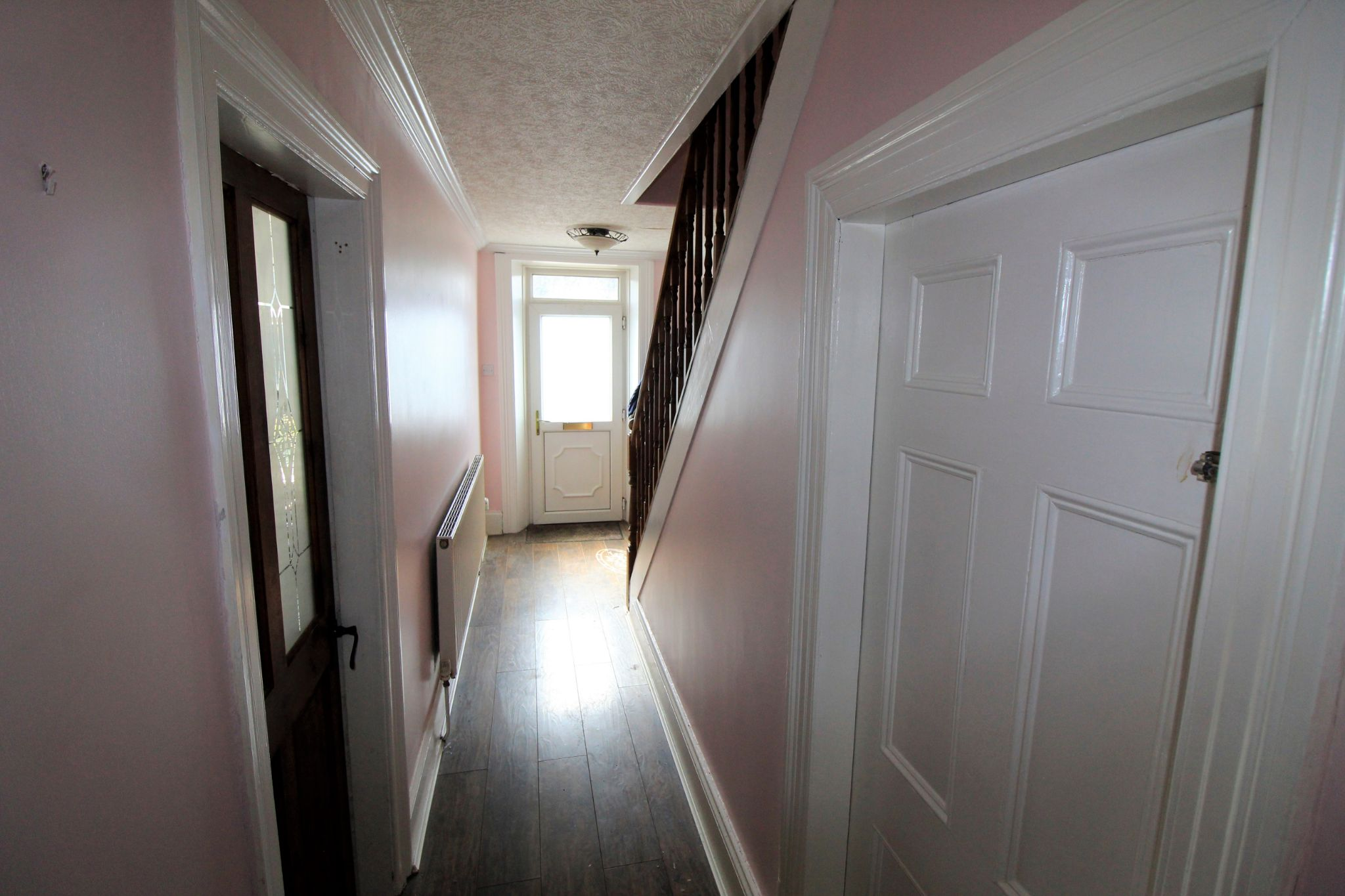 3 bedroom mid terraced house SSTC in Bradford - Entrance hall
