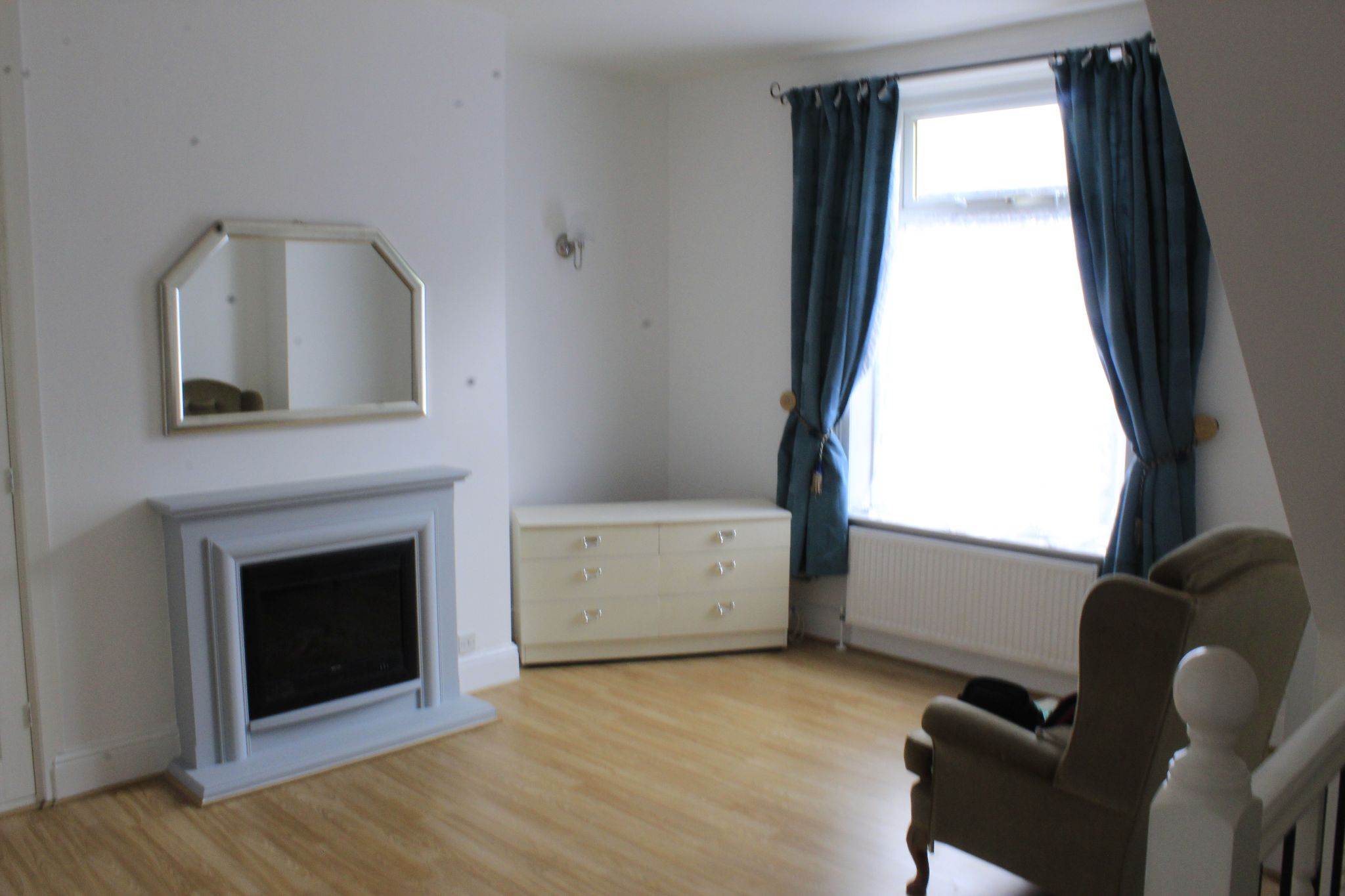 1 bedroom maisonette flat/apartment To Let in Huddersfield - Photograph 3