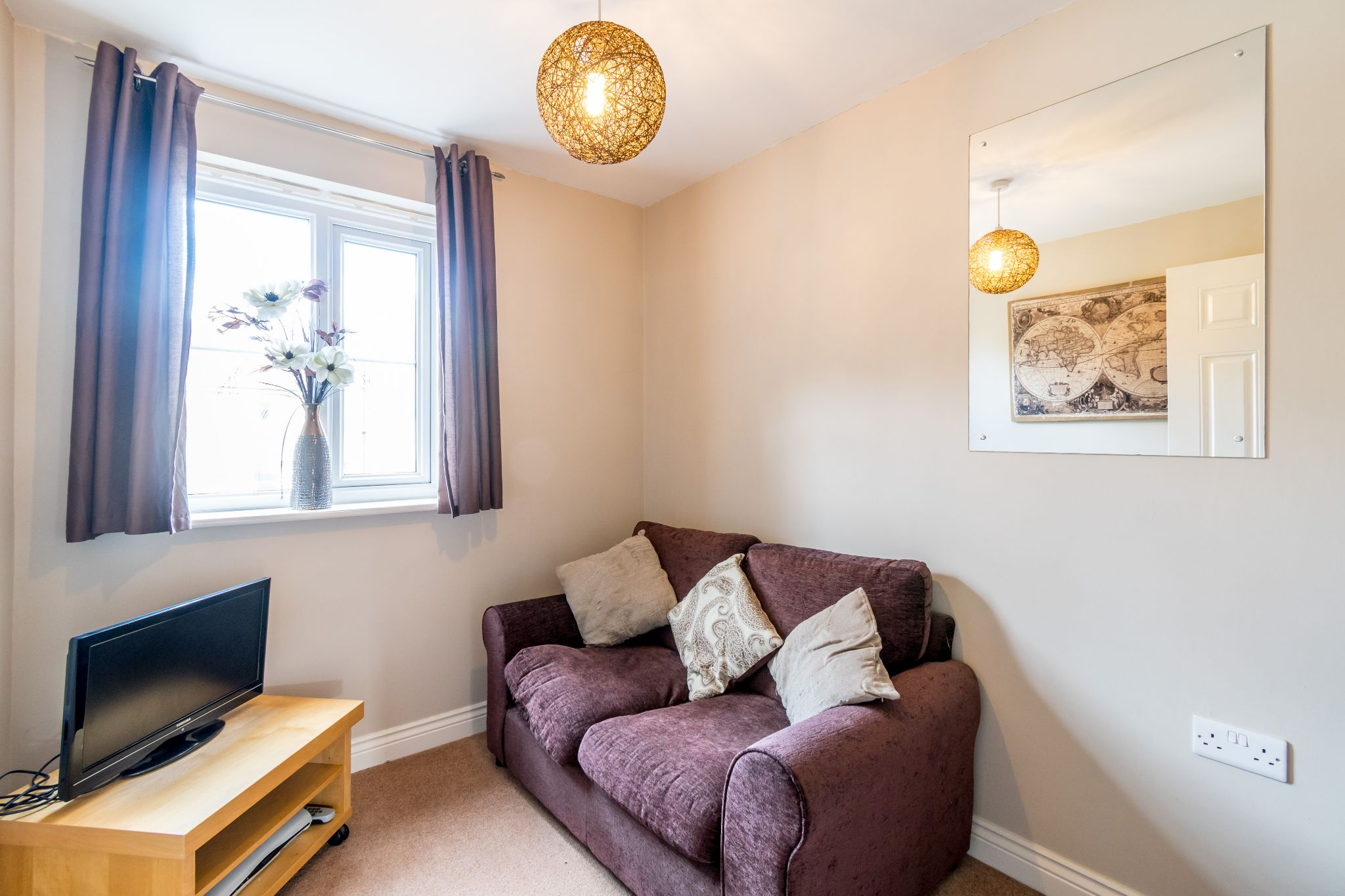 4 bedroom mid terraced house SSTC in Brighouse - Photograph 9