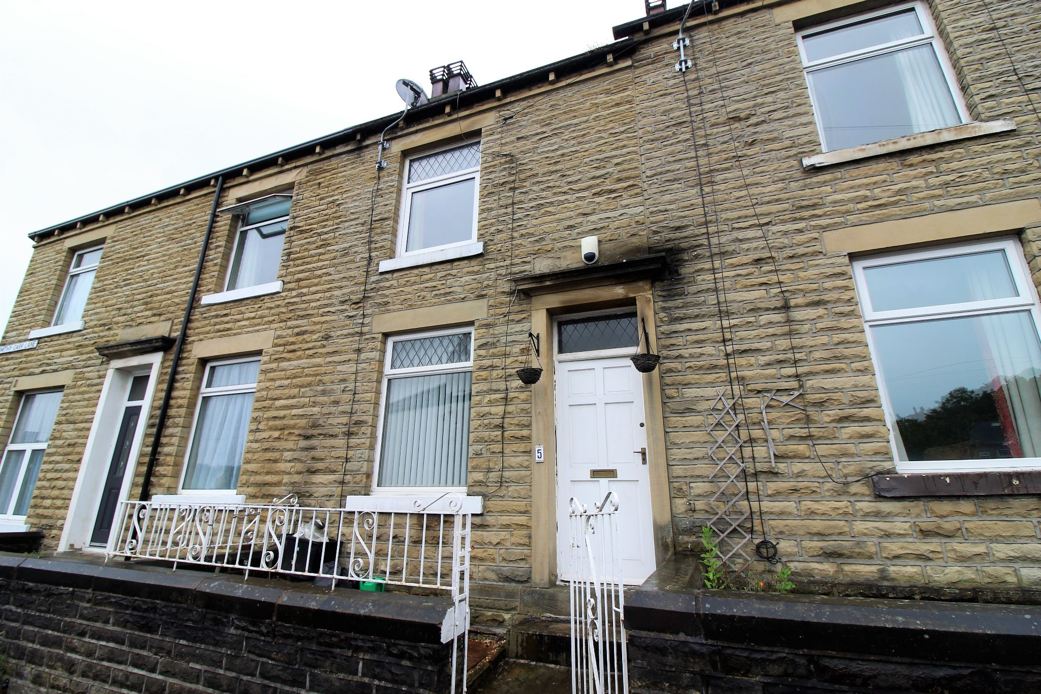 2 bedroom mid terraced house For Sale in Brighouse - Frontage