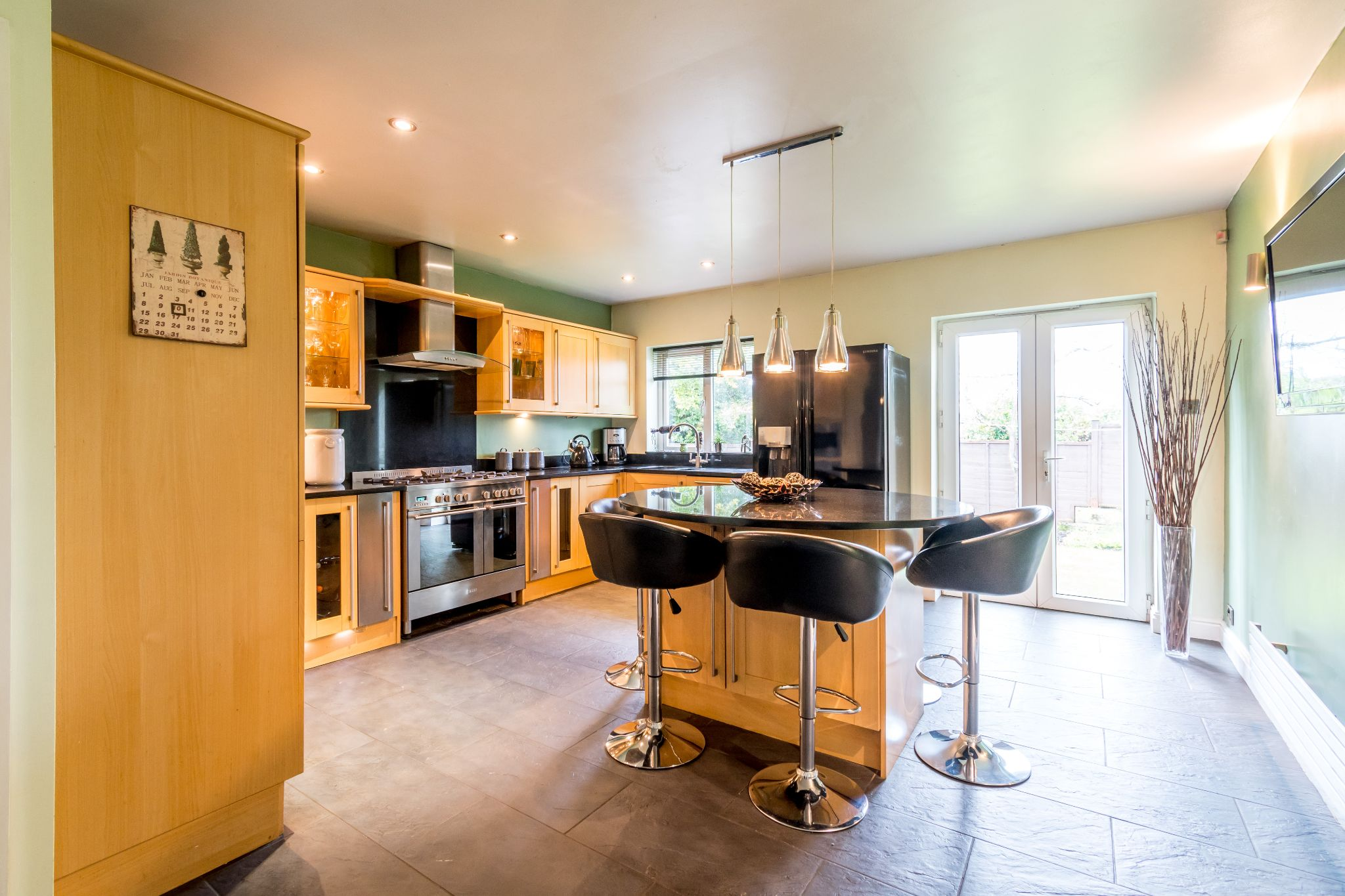 5 bedroom detached house For Sale in Brighouse - Dining kitchen