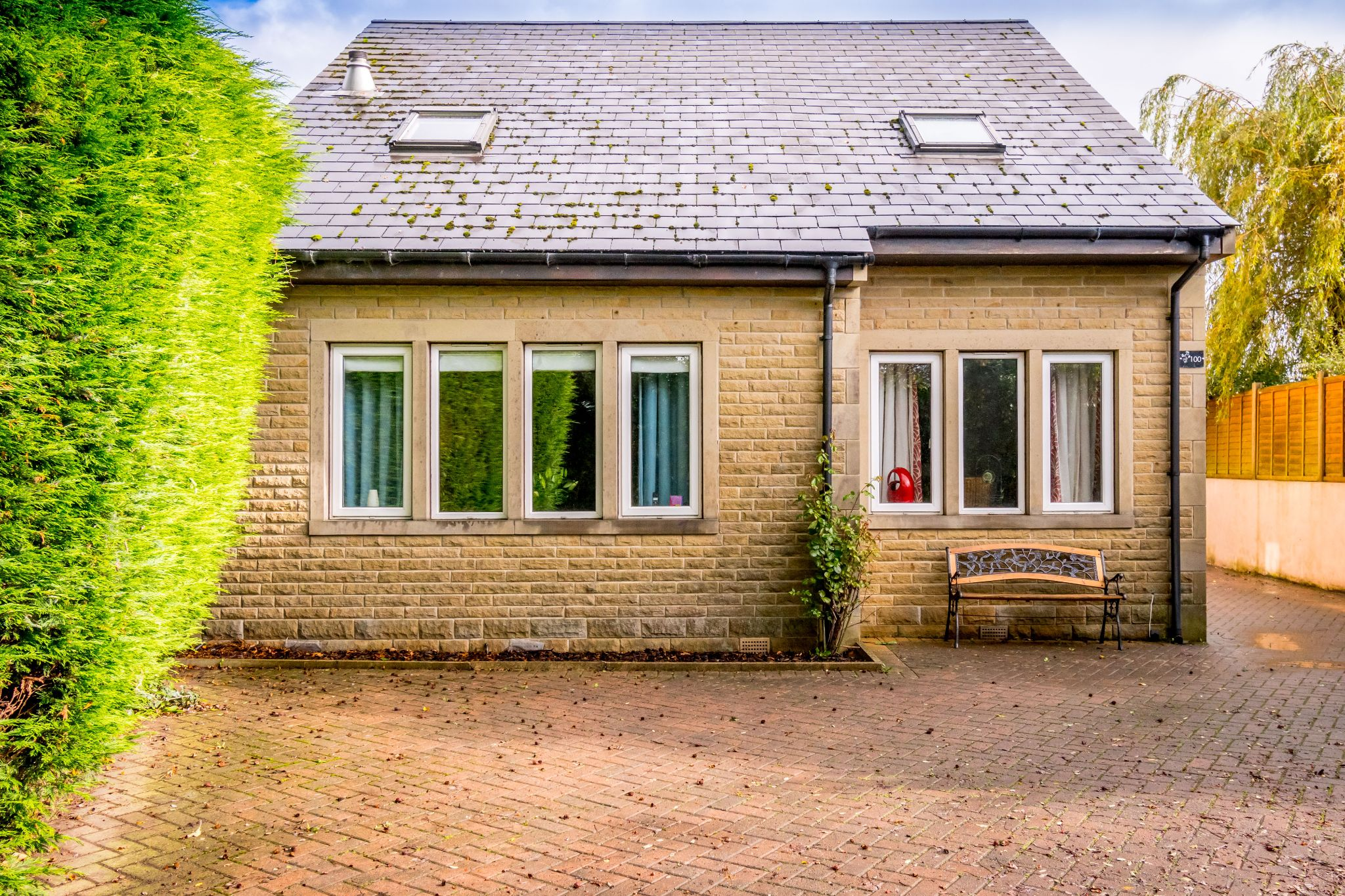 5 bedroom detached house For Sale in Brighouse - Very deceptive from this view